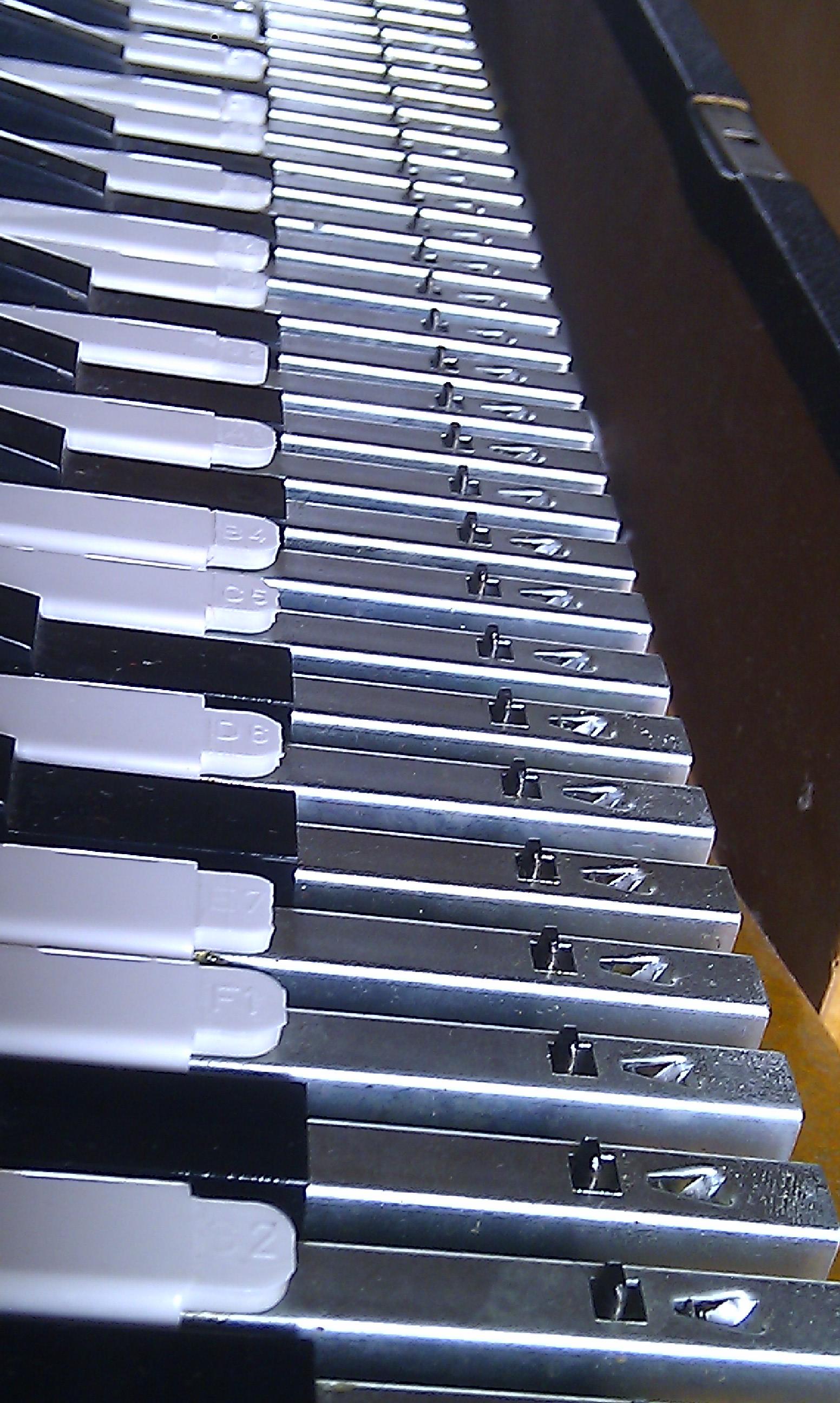 hohner clavinet d6 image 451461 audiofanzine. Black Bedroom Furniture Sets. Home Design Ideas