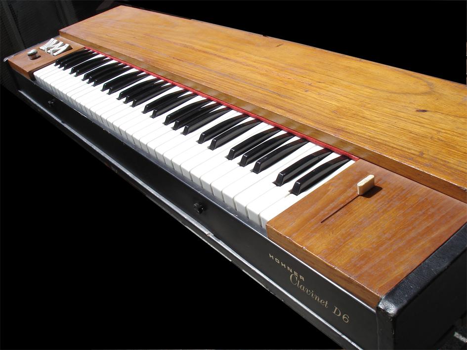 photo hohner clavinet d6 hohner clavinet d6 59752 655074 audiofanzine. Black Bedroom Furniture Sets. Home Design Ideas