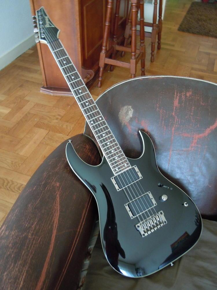 ibanez-rga42-black-243183.jpg