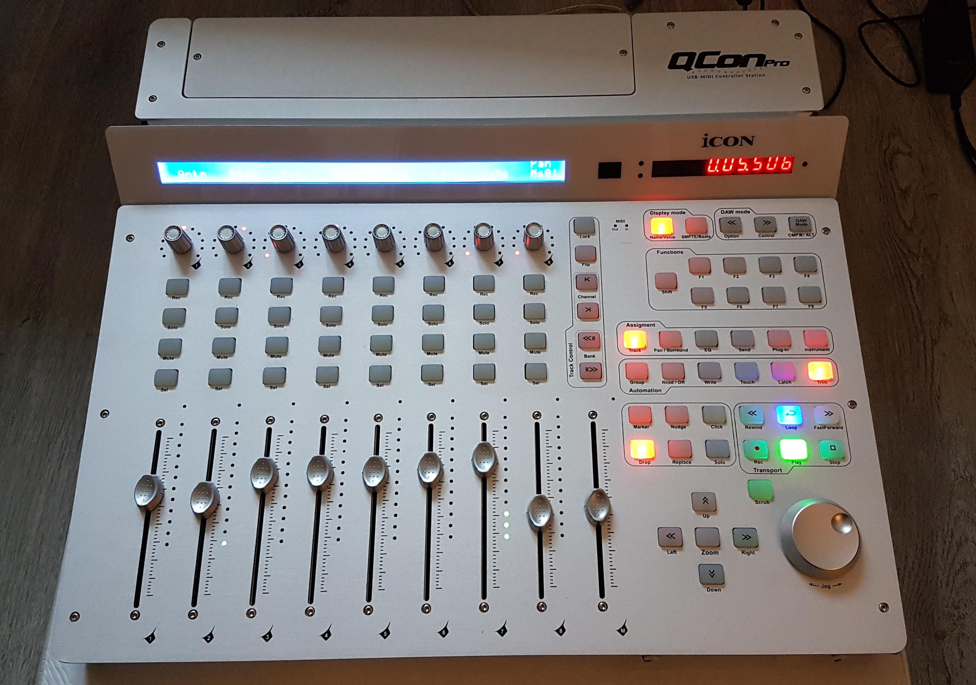 https://medias.audiofanzine.com/images/normal/icon-qcon-pro-2278321.jpeg