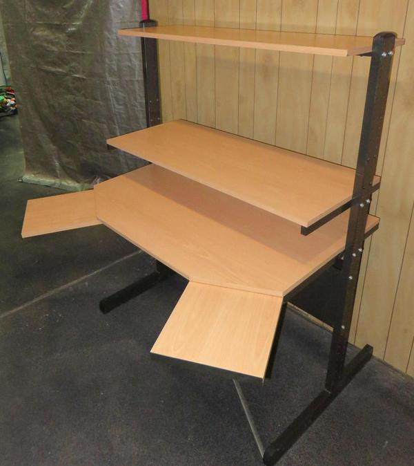 Vends Meuble Parfait Pour Home Studio Ikea Jerker Nord Pas De Calais Audiofanzine