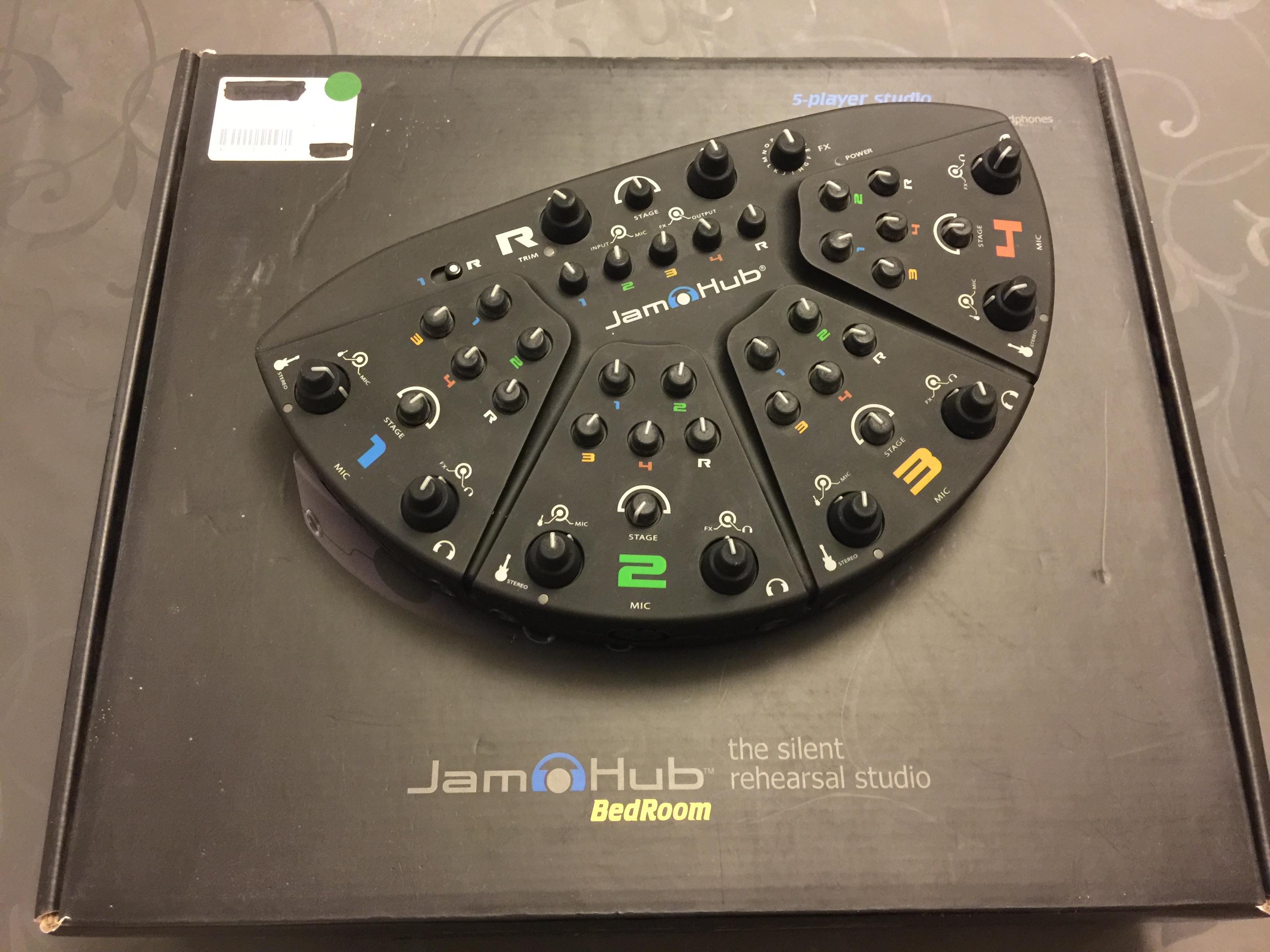 Images JamHub Bedroom. BEDROOM   JamHub Bedroom   Audiofanzine