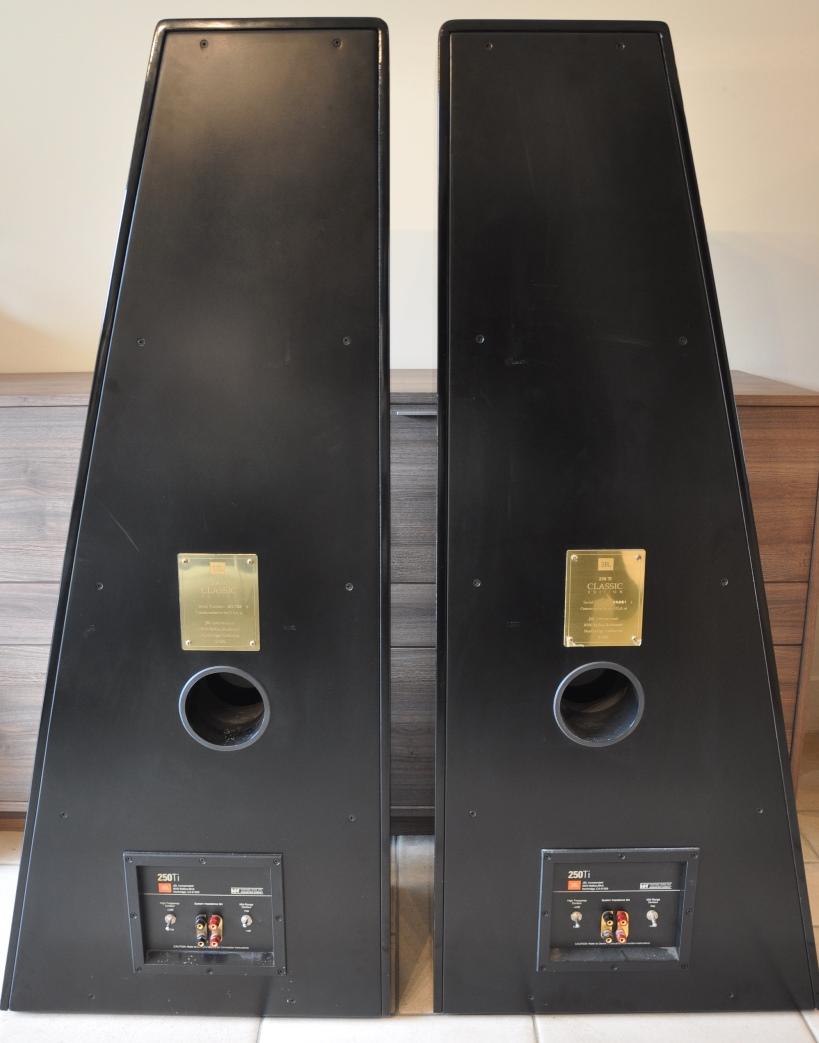 jbl 250 ti image 840030 audiofanzine. Black Bedroom Furniture Sets. Home Design Ideas