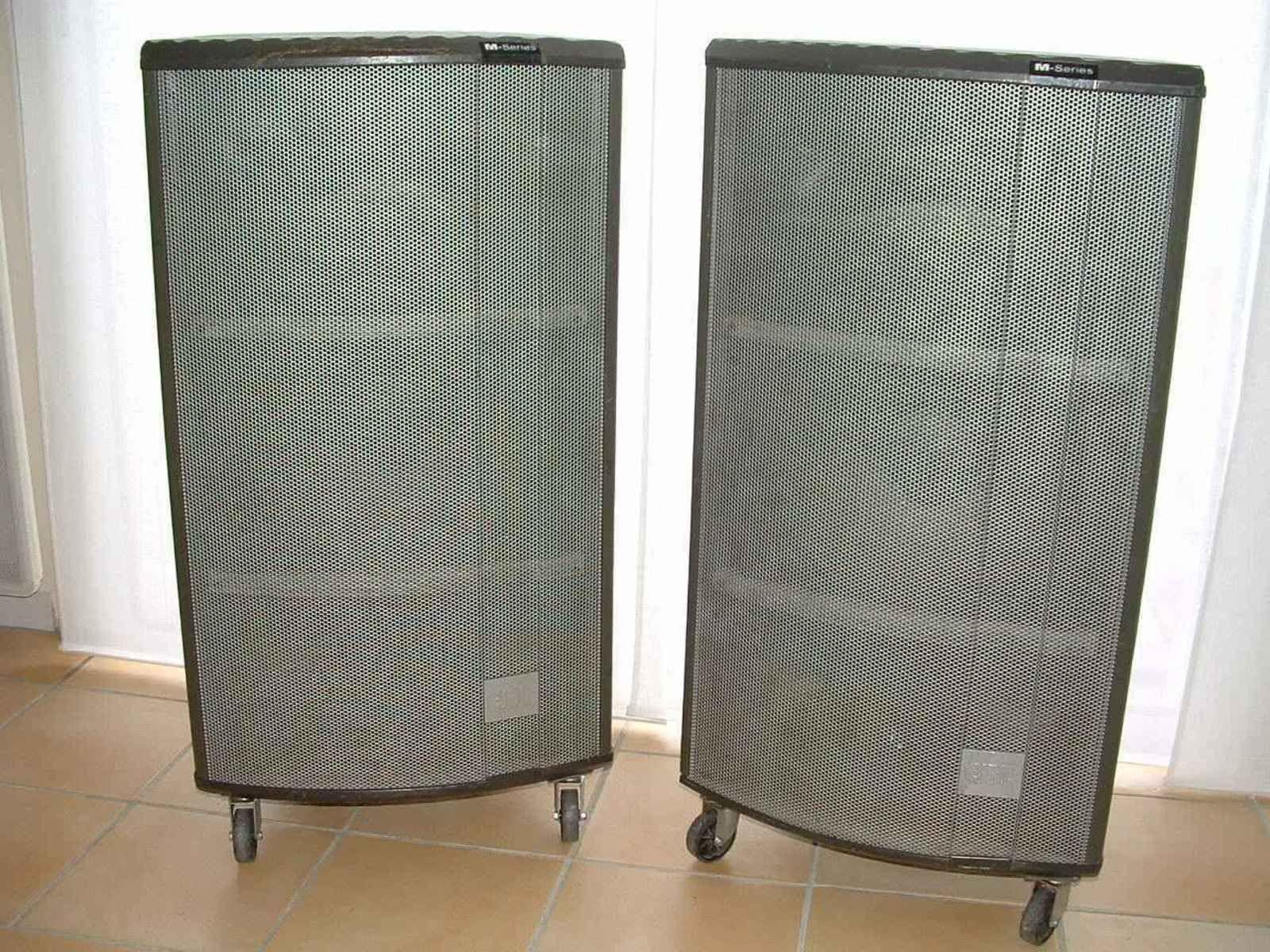 photo jbl m350 jbl pro m 350 23080 audiofanzine. Black Bedroom Furniture Sets. Home Design Ideas