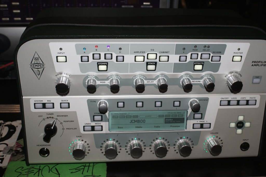kemper profiling amplifier review the thing audiofanzine. Black Bedroom Furniture Sets. Home Design Ideas
