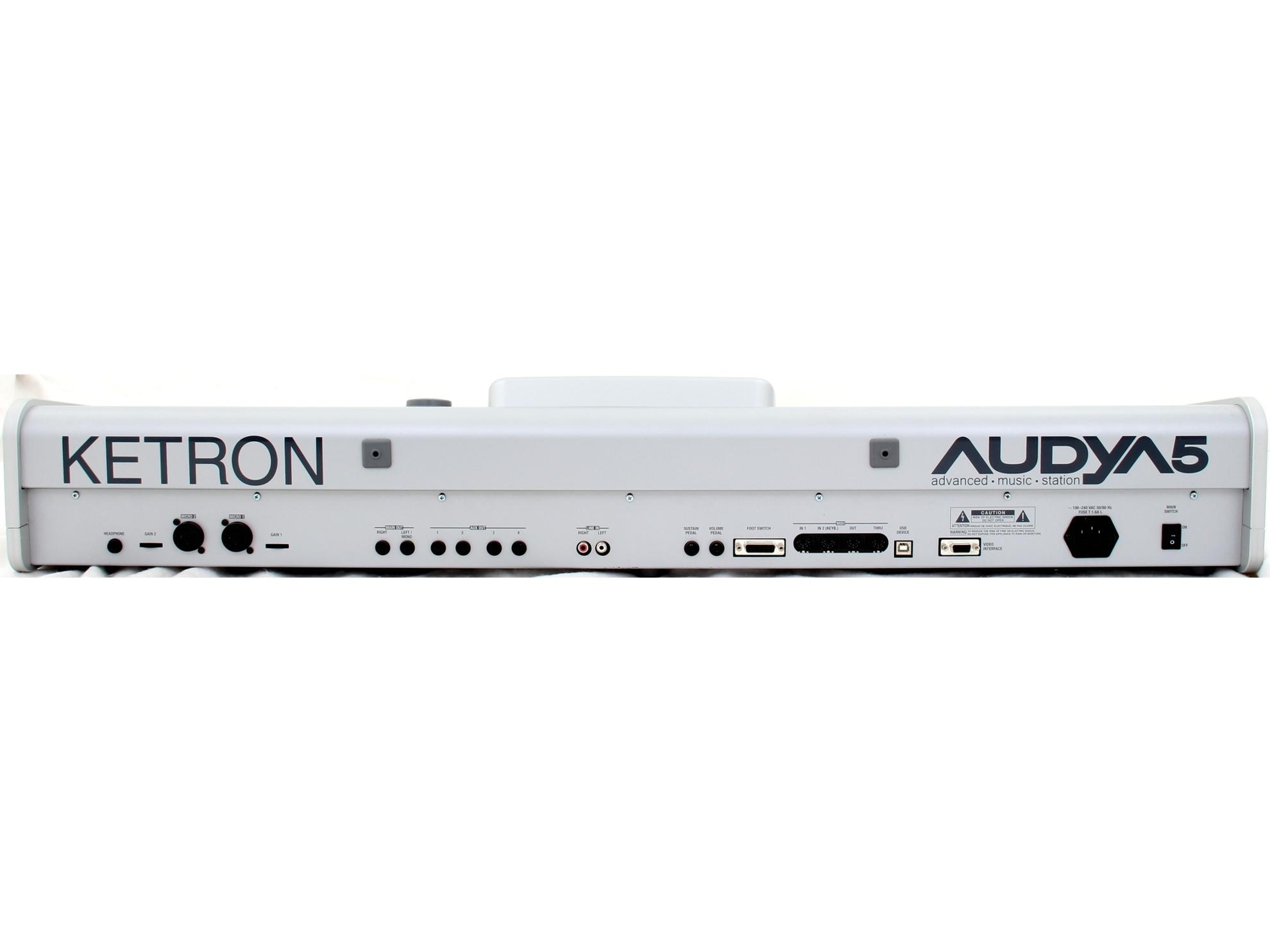 ketron audya 5 image 1465588 audiofanzine. Black Bedroom Furniture Sets. Home Design Ideas