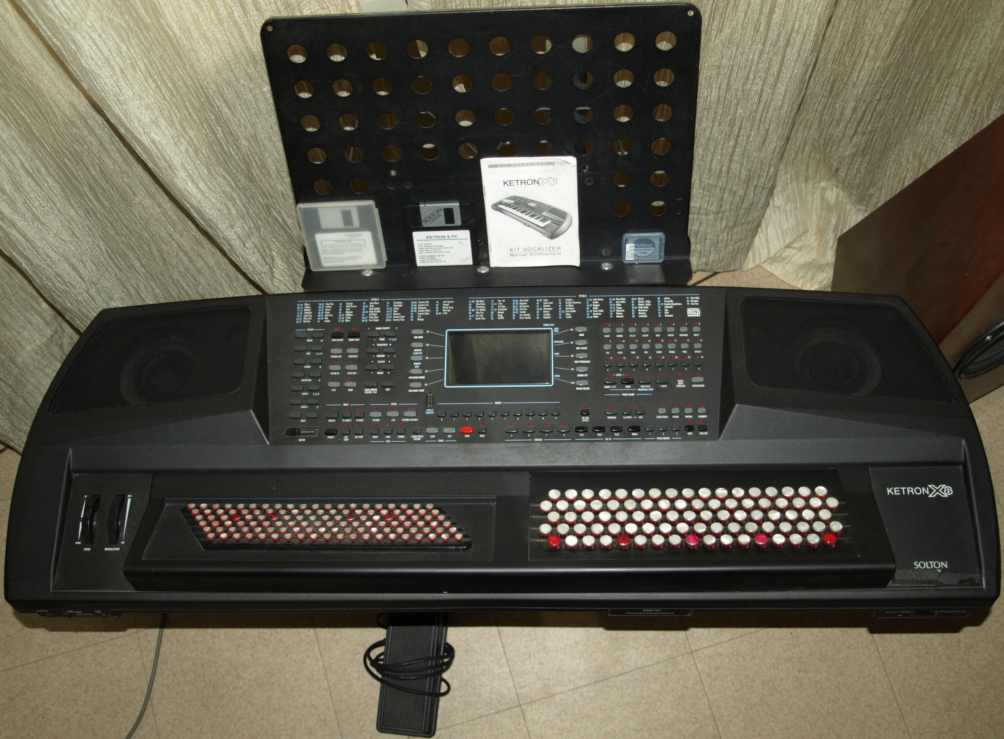 ketron x8 hd image 603553 audiofanzine. Black Bedroom Furniture Sets. Home Design Ideas