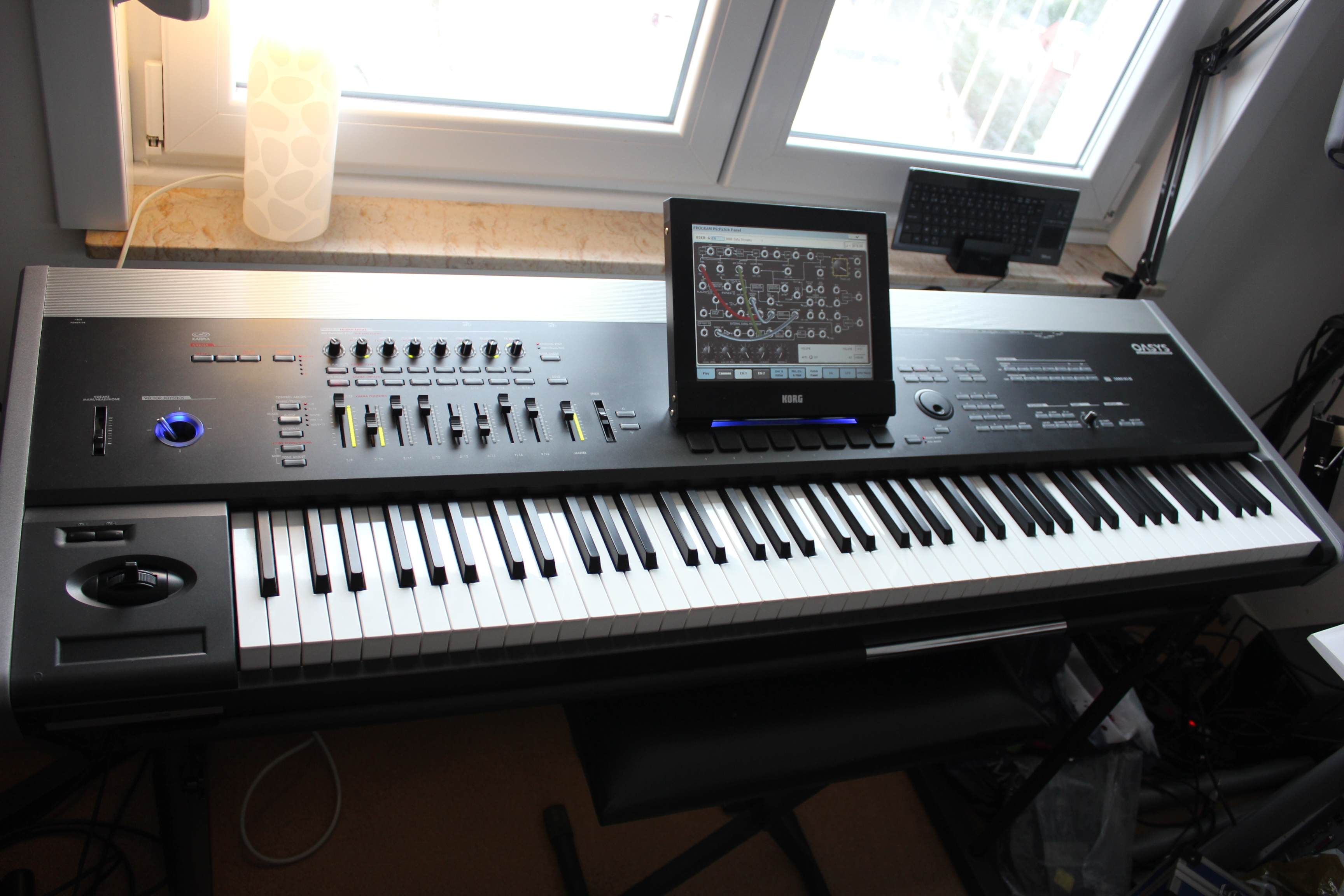Korg OASYS 88 88-Key Workstation - View Musical Keyboard from ...