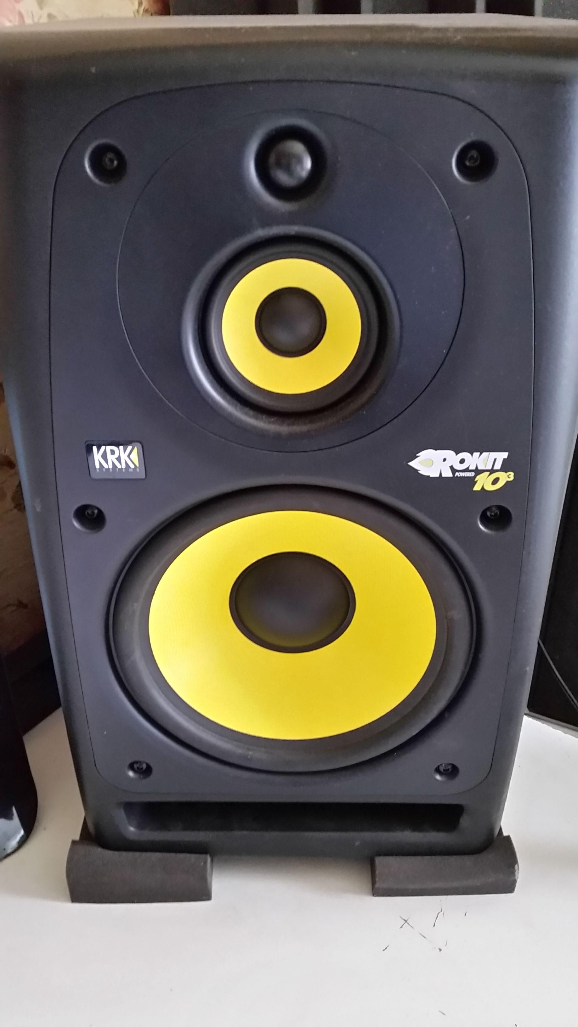 rokit powered 10 3 krk rokit powered 10 3 audiofanzine. Black Bedroom Furniture Sets. Home Design Ideas