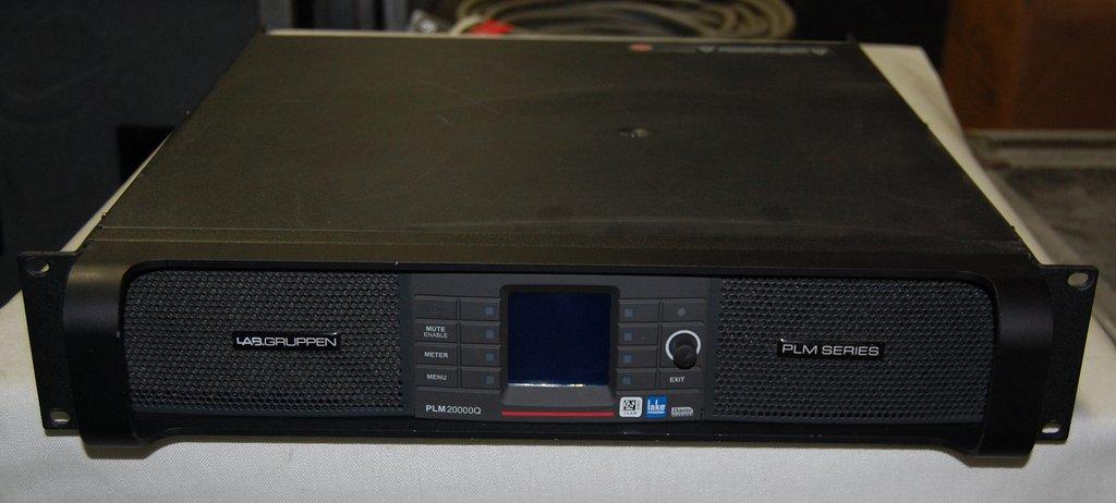 lab gruppen plm 20000q image 1585965 audiofanzine. Black Bedroom Furniture Sets. Home Design Ideas