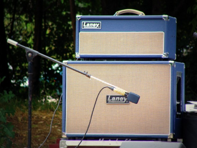 Laney LT212 image (#498370) - Audiofanzine