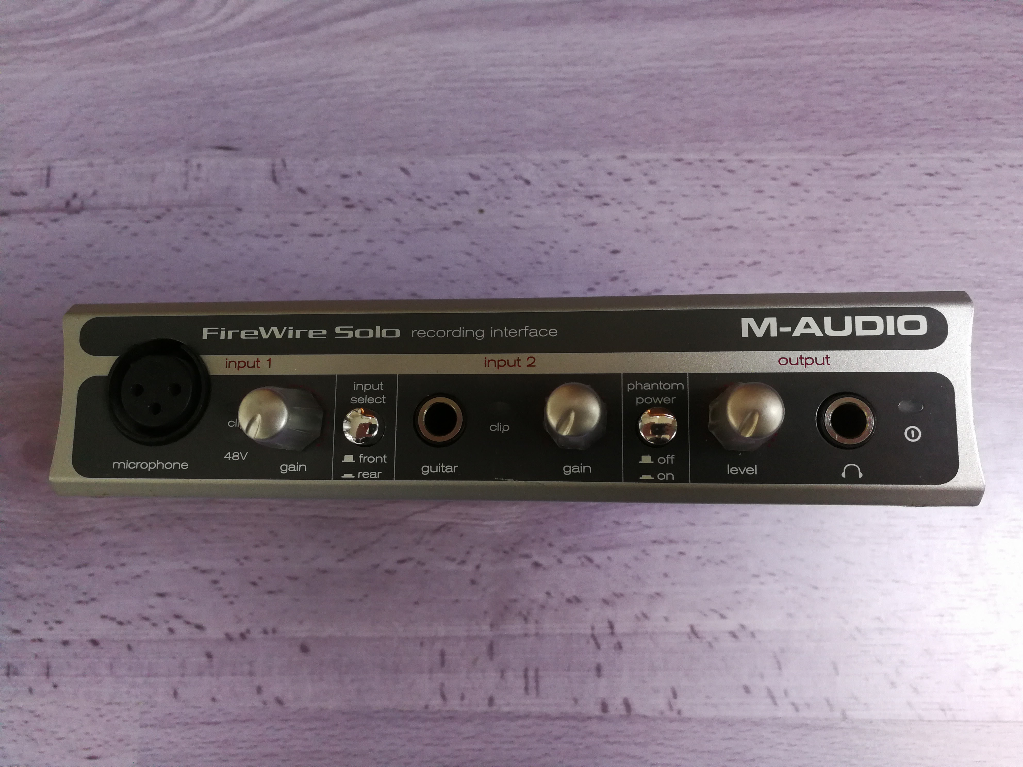 firewire solo m audio firewire solo audiofanzine. Black Bedroom Furniture Sets. Home Design Ideas