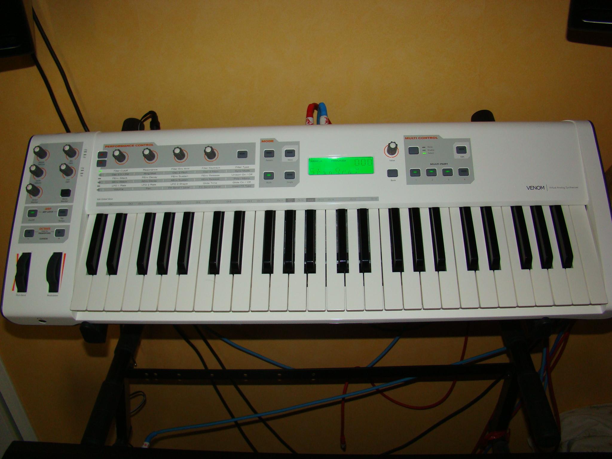 m audio venom image 427015 audiofanzine rh en audiofanzine com m-audio venom user guide m-audio venom user guide