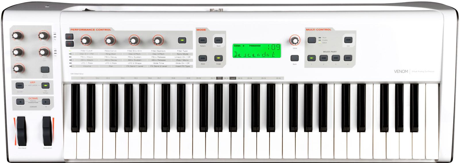 m-audio-venom-670448.jpg