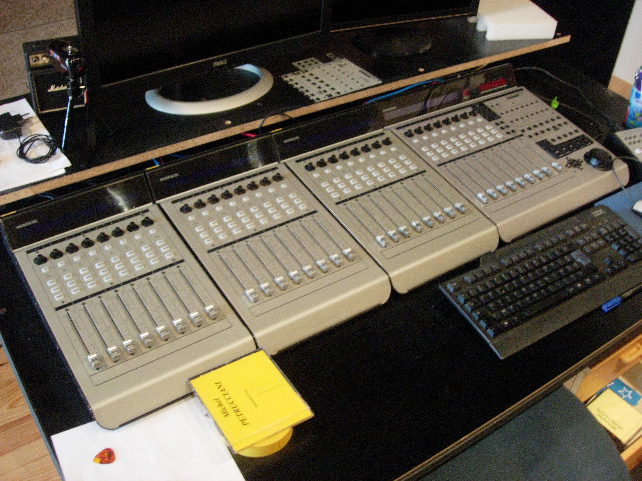 Photo Mackie Control Universal Extender Pro Mackie Mcu