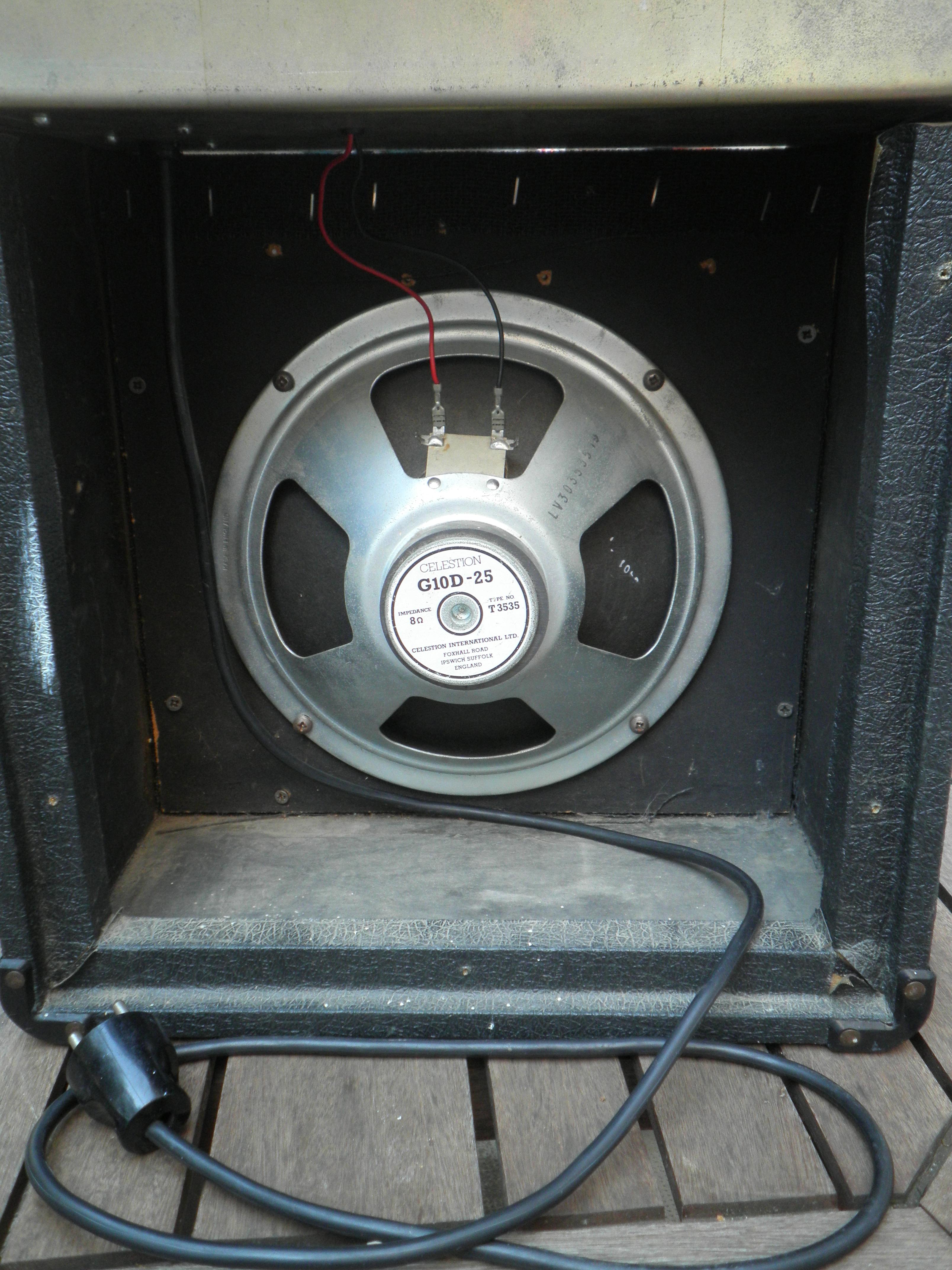 marshall 5005 lead 12 image 670108 audiofanzine. Black Bedroom Furniture Sets. Home Design Ideas