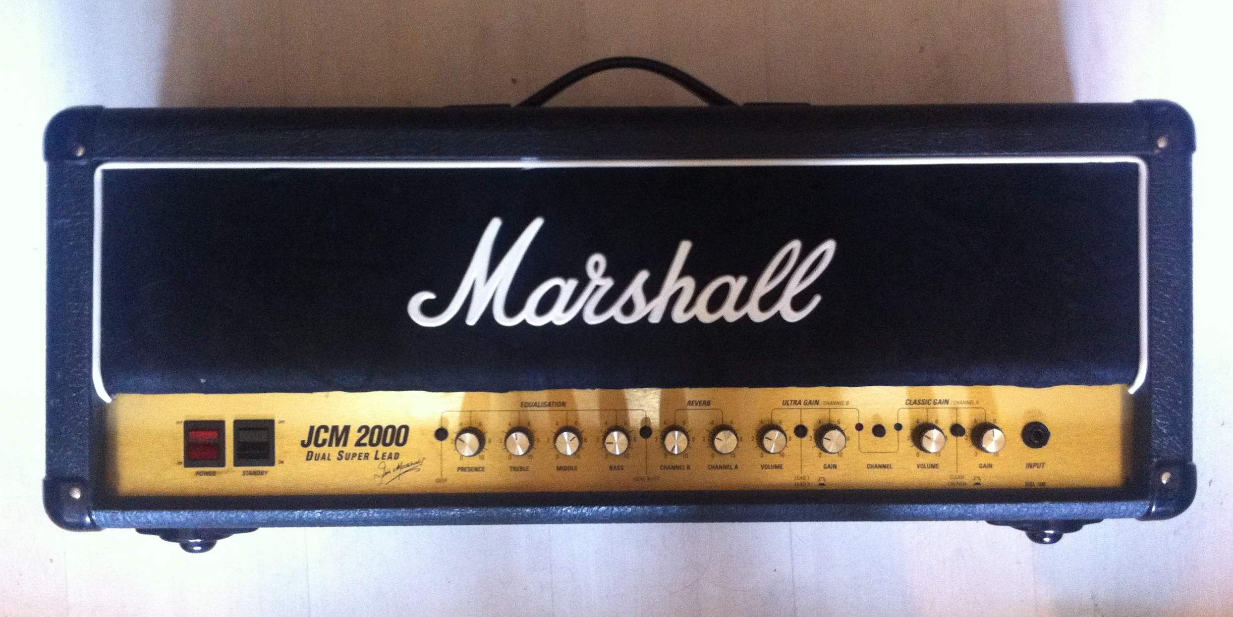 vends marshall jcm2000 dsl100 tete guitare 100w ampli. Black Bedroom Furniture Sets. Home Design Ideas