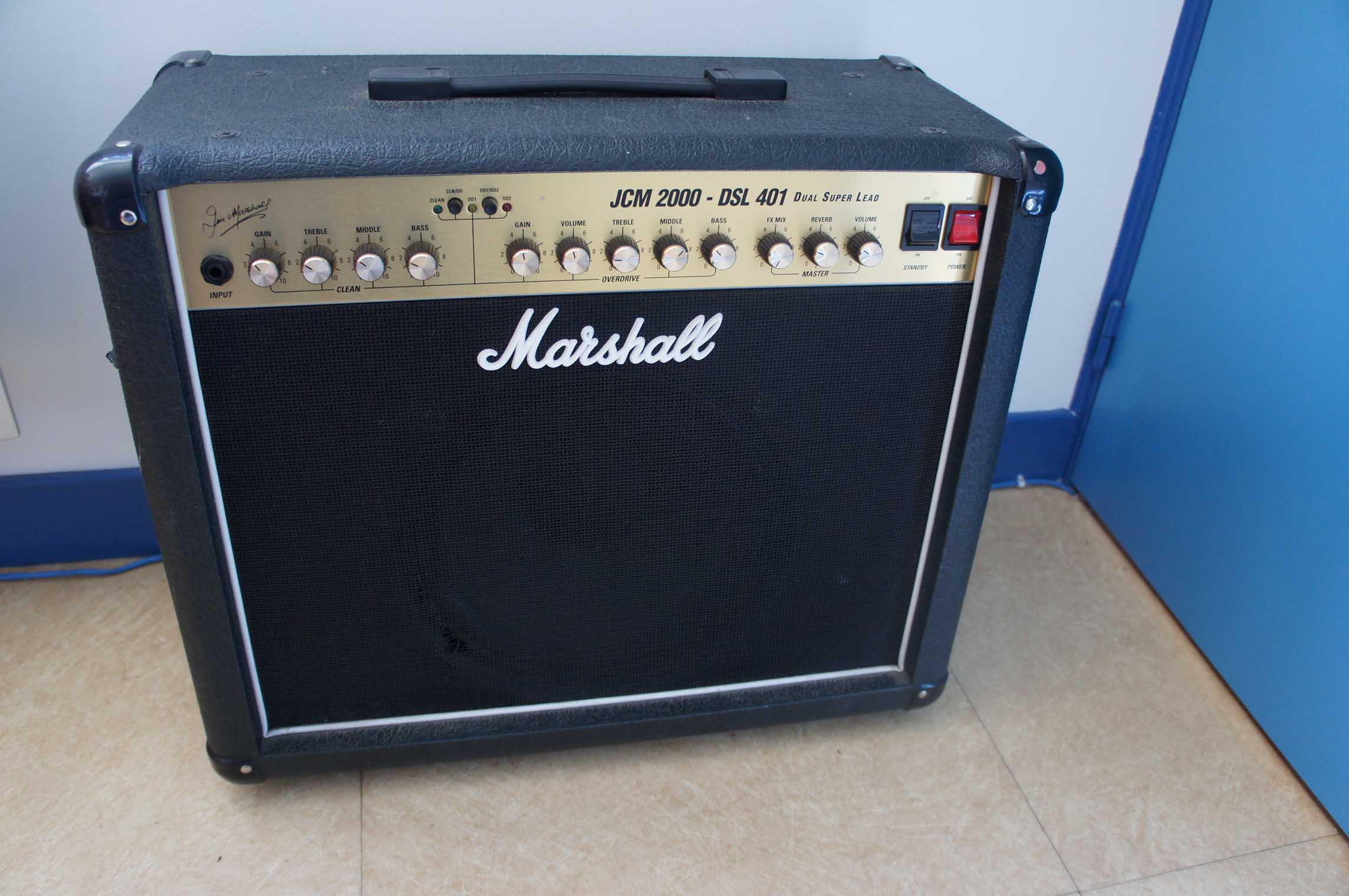 marshall dsl401 1997 image 445560 audiofanzine. Black Bedroom Furniture Sets. Home Design Ideas