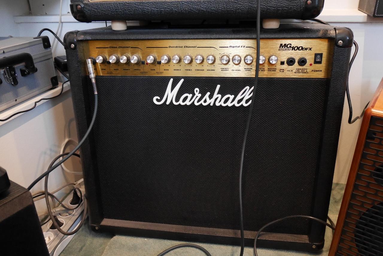 marshall mg100dfx image 1440031 audiofanzine. Black Bedroom Furniture Sets. Home Design Ideas