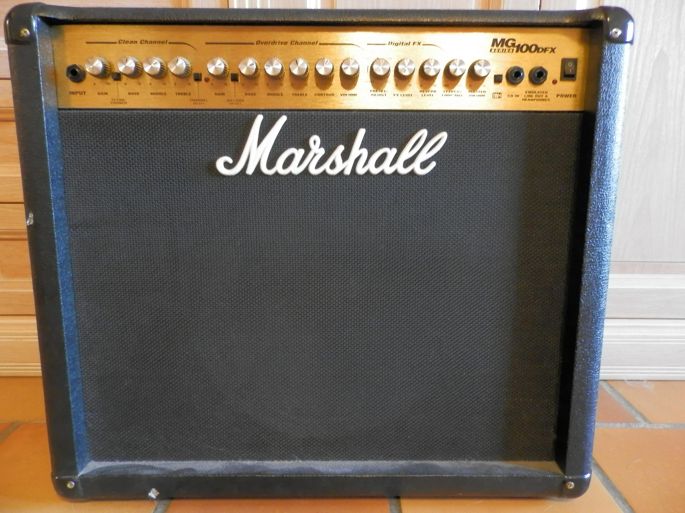 Marshall Mg100dfx Image   464886