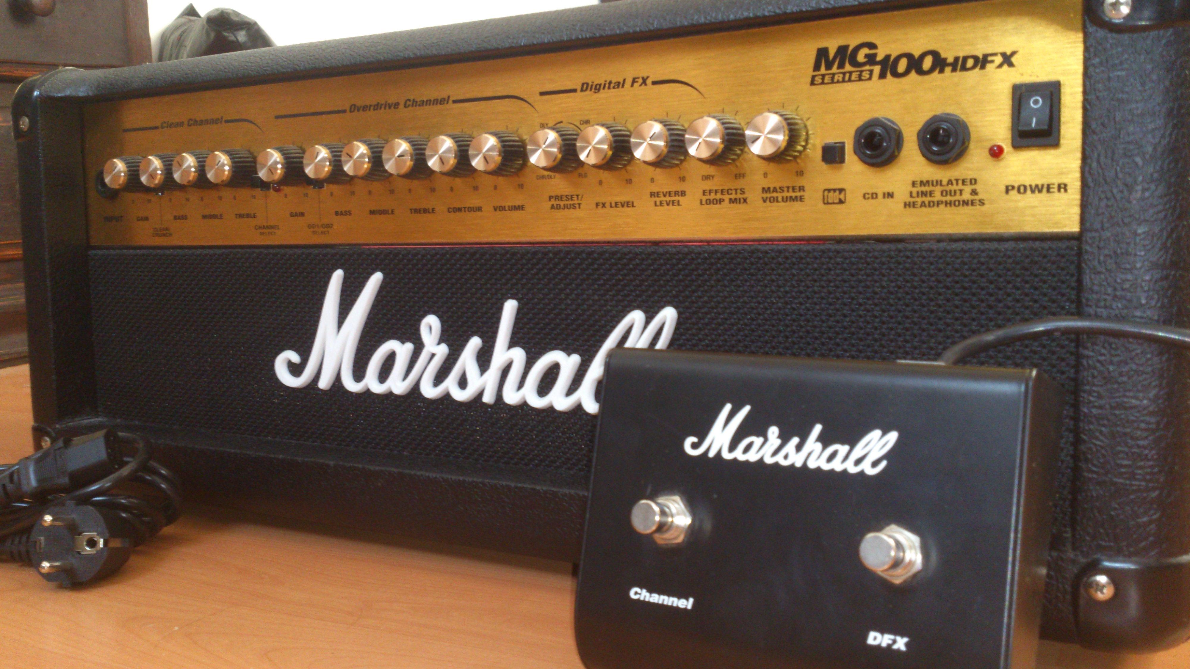Review//Marshal Mg100HDFX - YouTube