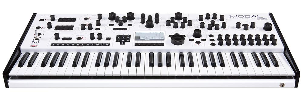 https://medias.audiofanzine.com/images/normal/modal-electronics-modulus-002-3136383.jpeg