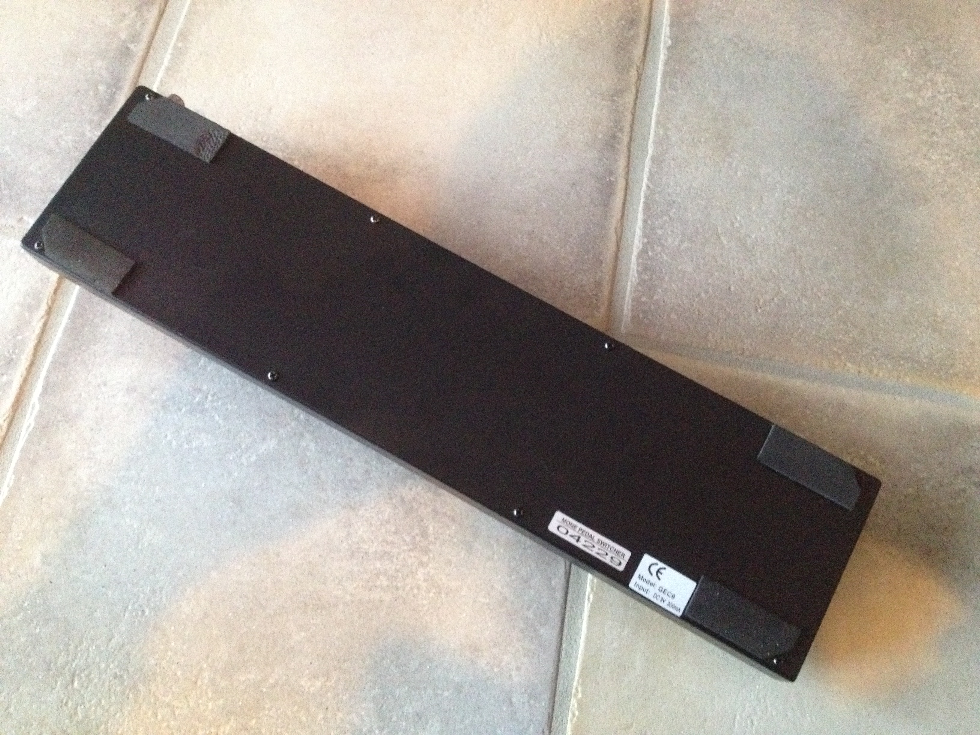 moen gec9 guitar effect controller image 1650896 audiofanzine. Black Bedroom Furniture Sets. Home Design Ideas