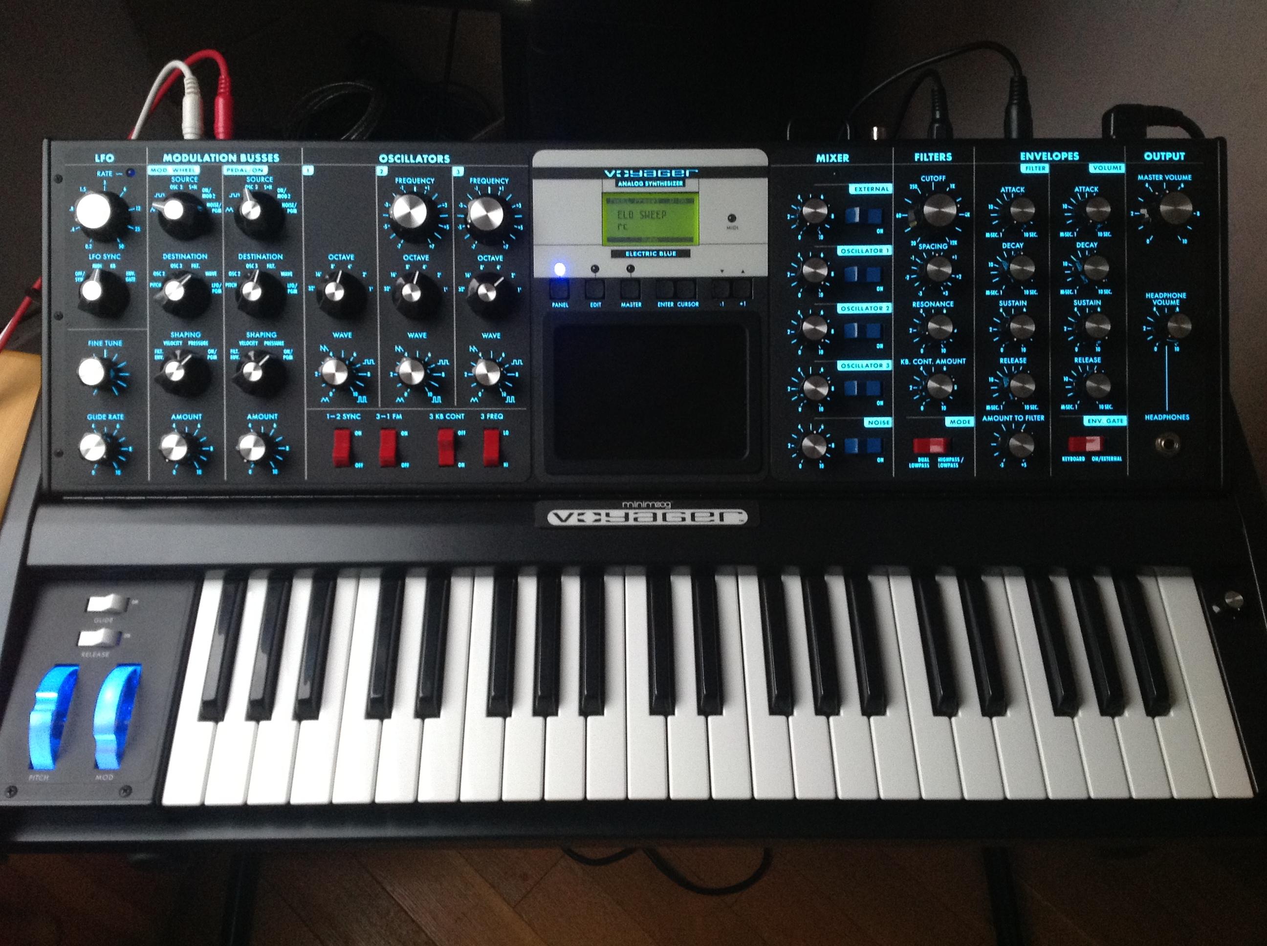 Moog Minimoog Voyager | Vintage Synth Explorer