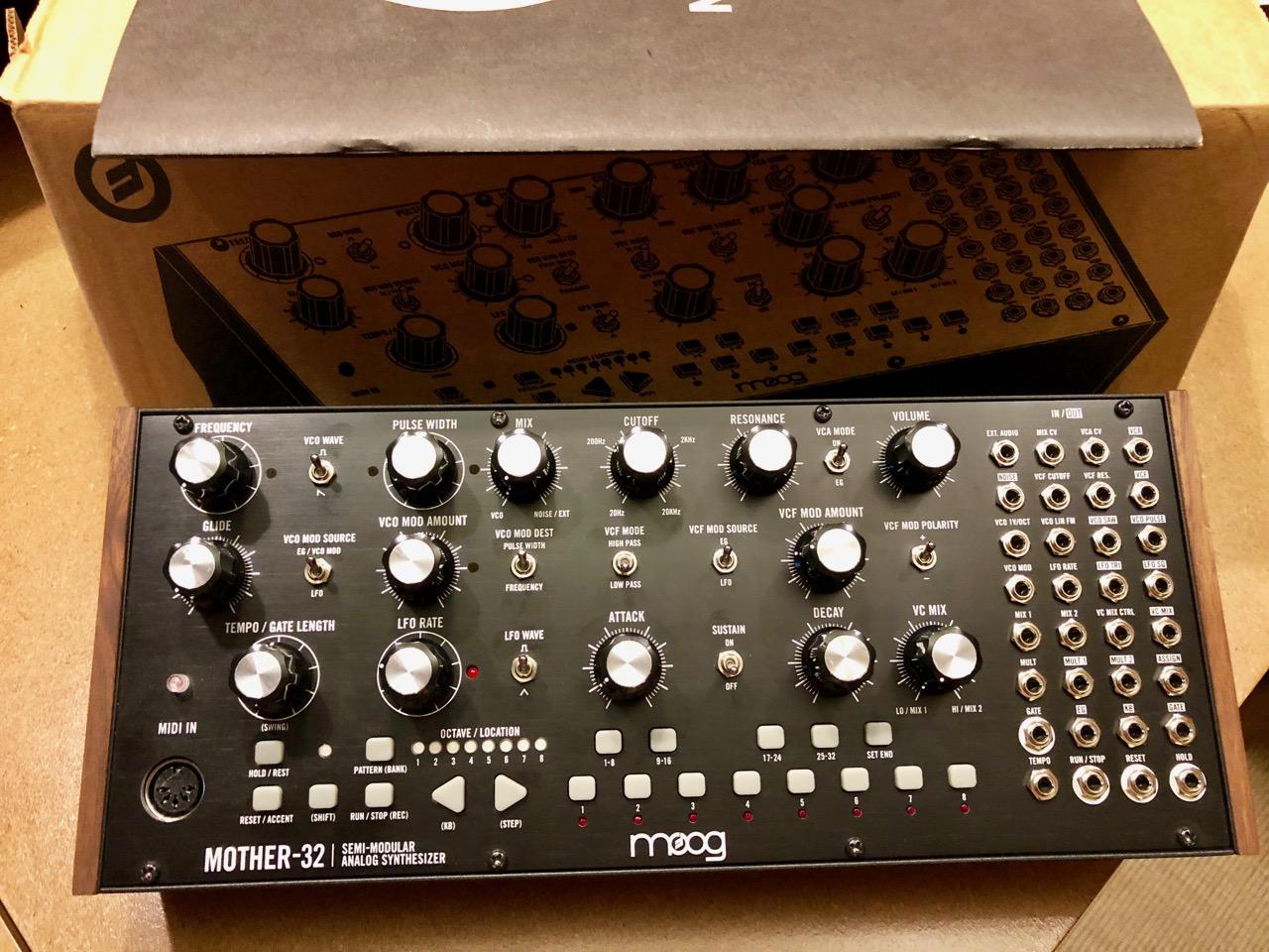 moog music mother 32 image 2054499 audiofanzine. Black Bedroom Furniture Sets. Home Design Ideas