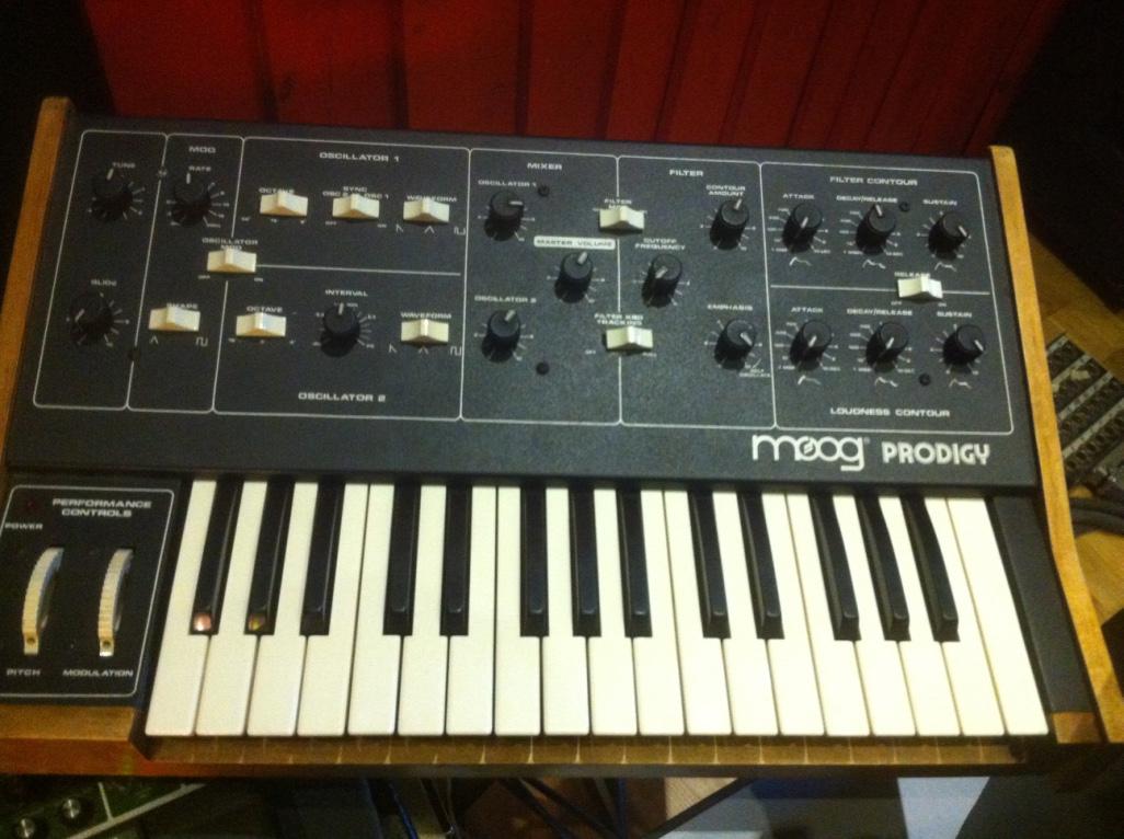 prodigy moog music prodigy audiofanzine Moog Synth Moog Source