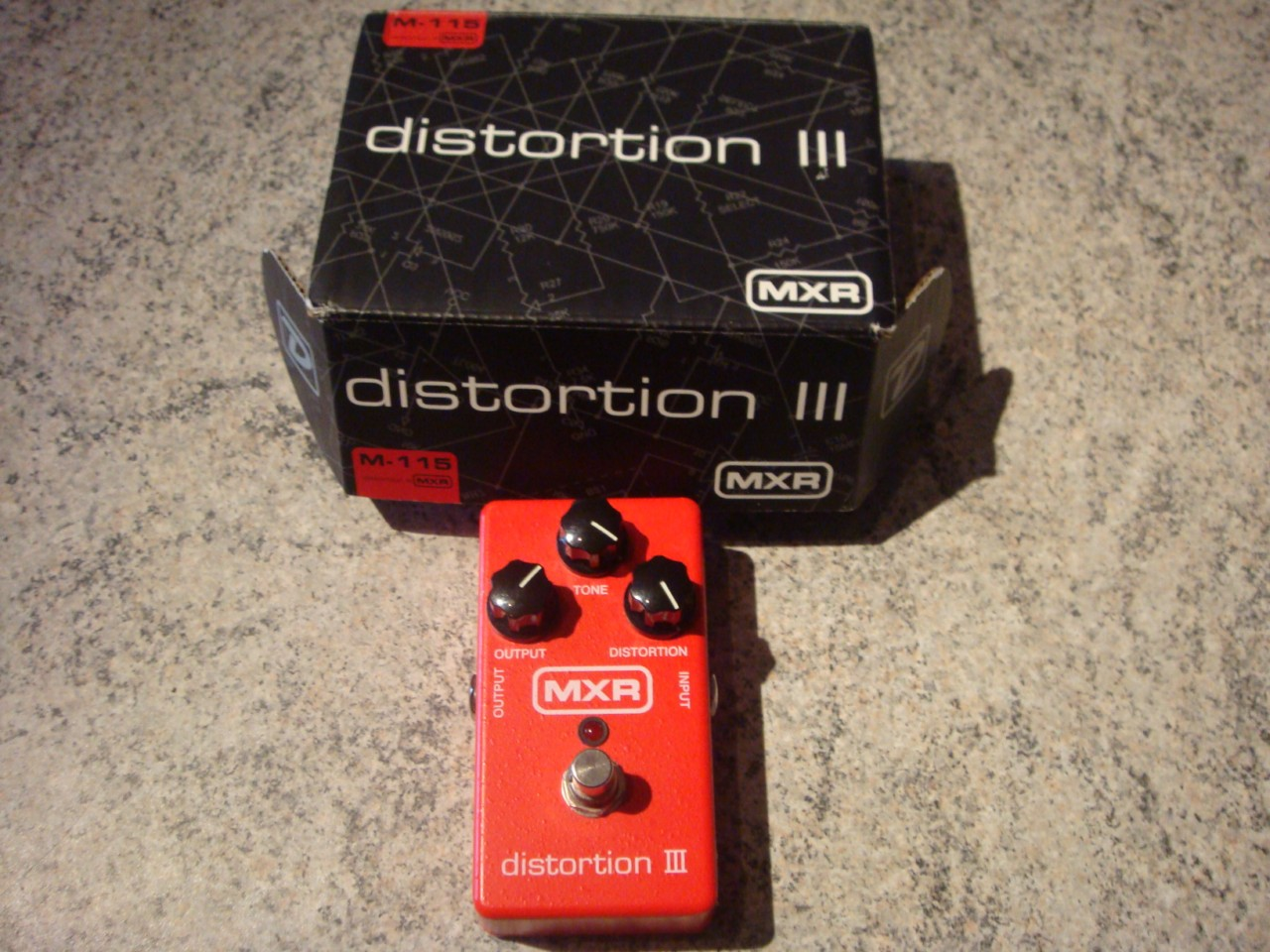 photo mxr m115 distortion iii mxr m 115 distortion iii 101623 audiofanzine. Black Bedroom Furniture Sets. Home Design Ideas