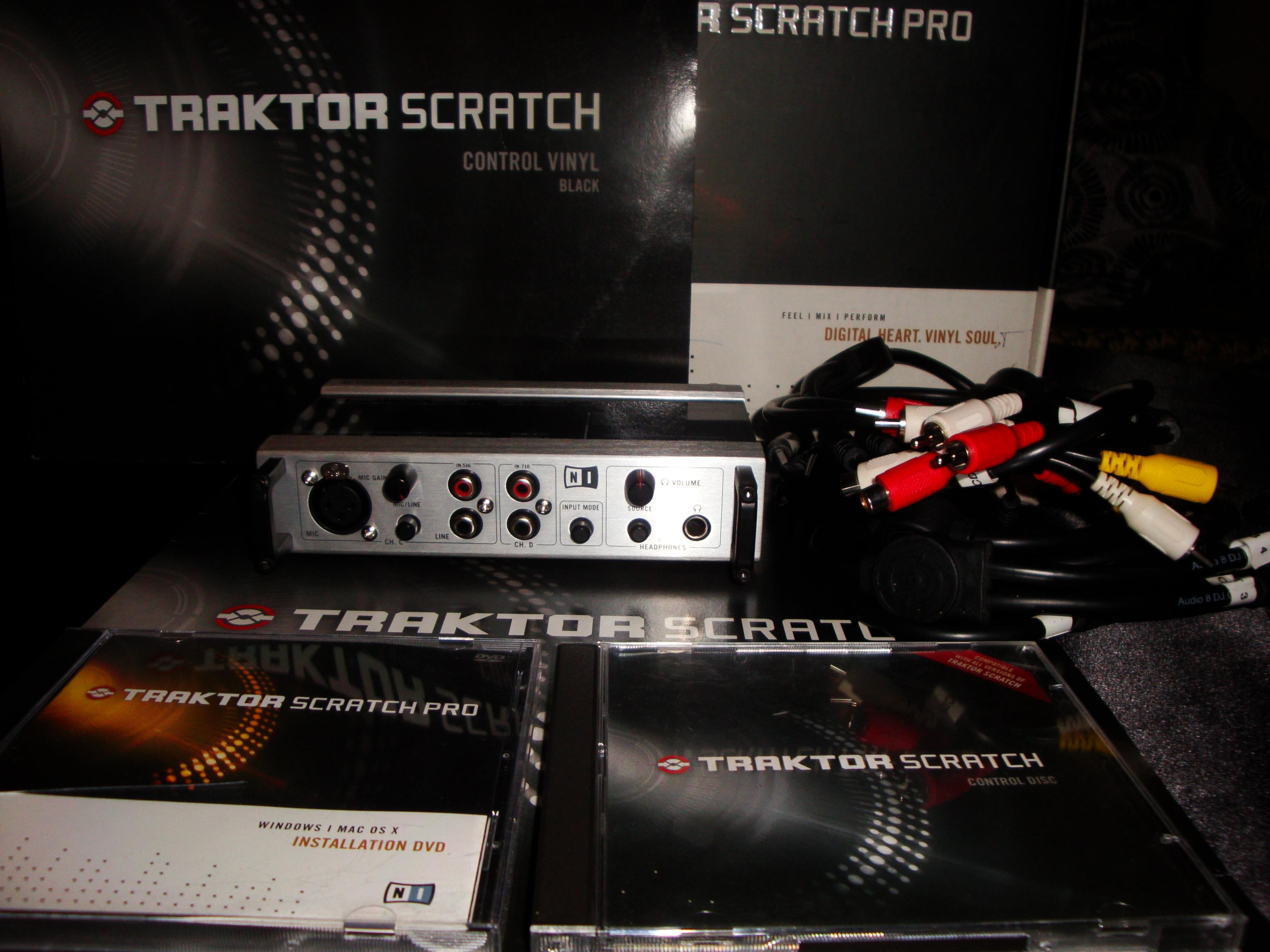 traktor scratch pro 2 with audio 8. Black Bedroom Furniture Sets. Home Design Ideas