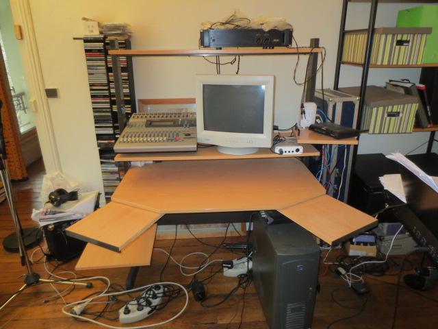 photo no name meuble rack bureau studio no name meuble home studio 739786 audiofanzine. Black Bedroom Furniture Sets. Home Design Ideas
