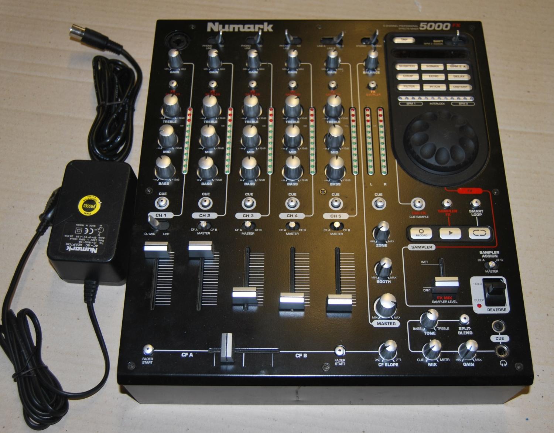 vends mixage disco numark 5000 fx auvergne audiofanzine. Black Bedroom Furniture Sets. Home Design Ideas