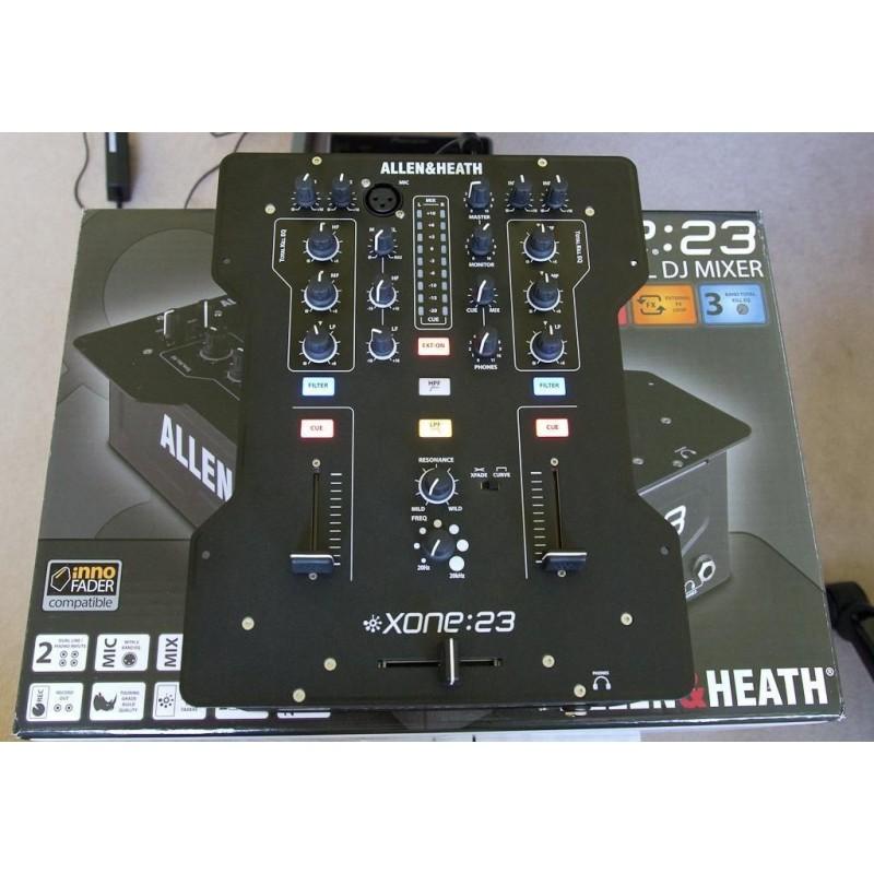 table de mixage xone 23