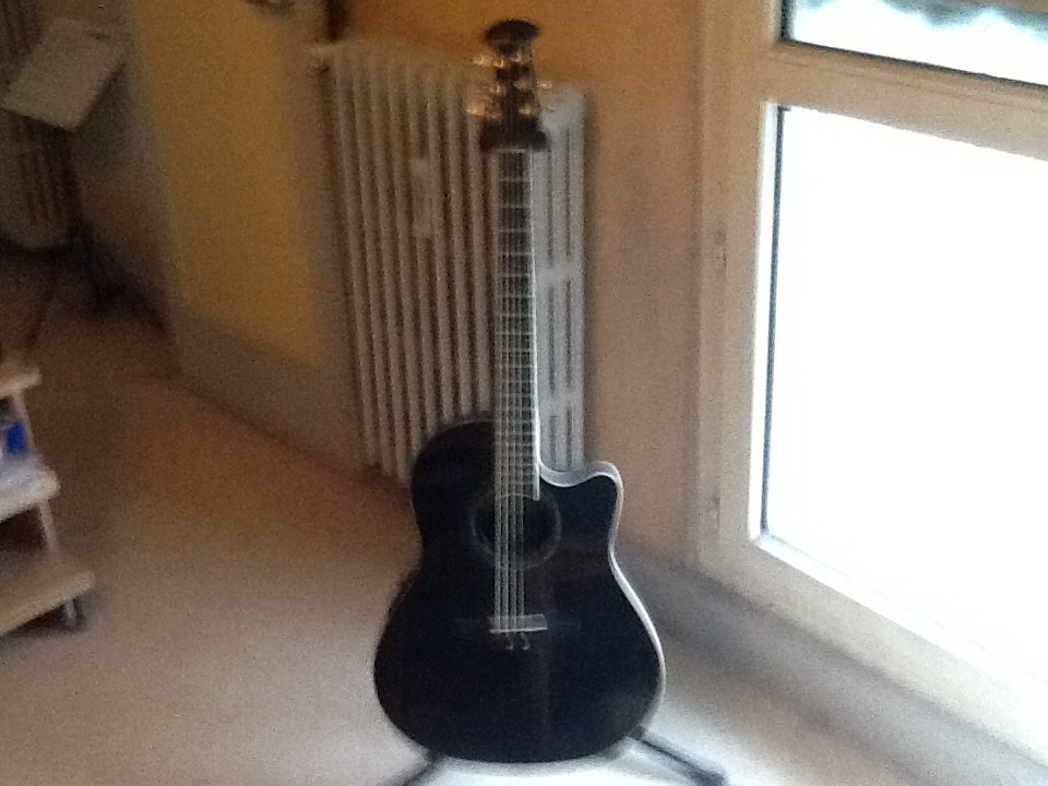 Ovation Celebrity CC-24S Solid Top Acoustic/Elec Guitar ...