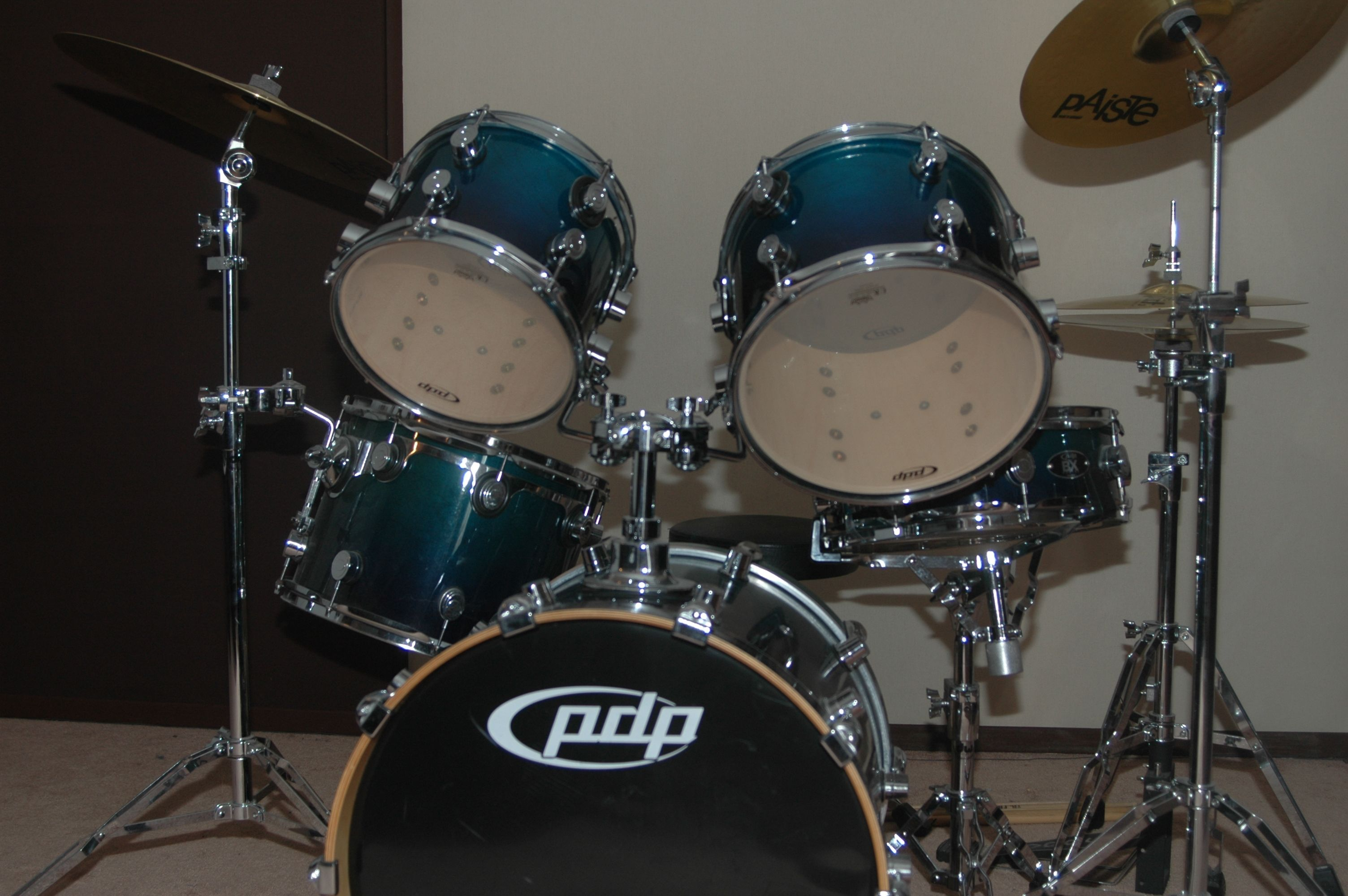 pdp pacific drums and percussion bx image 327545 audiofanzine. Black Bedroom Furniture Sets. Home Design Ideas