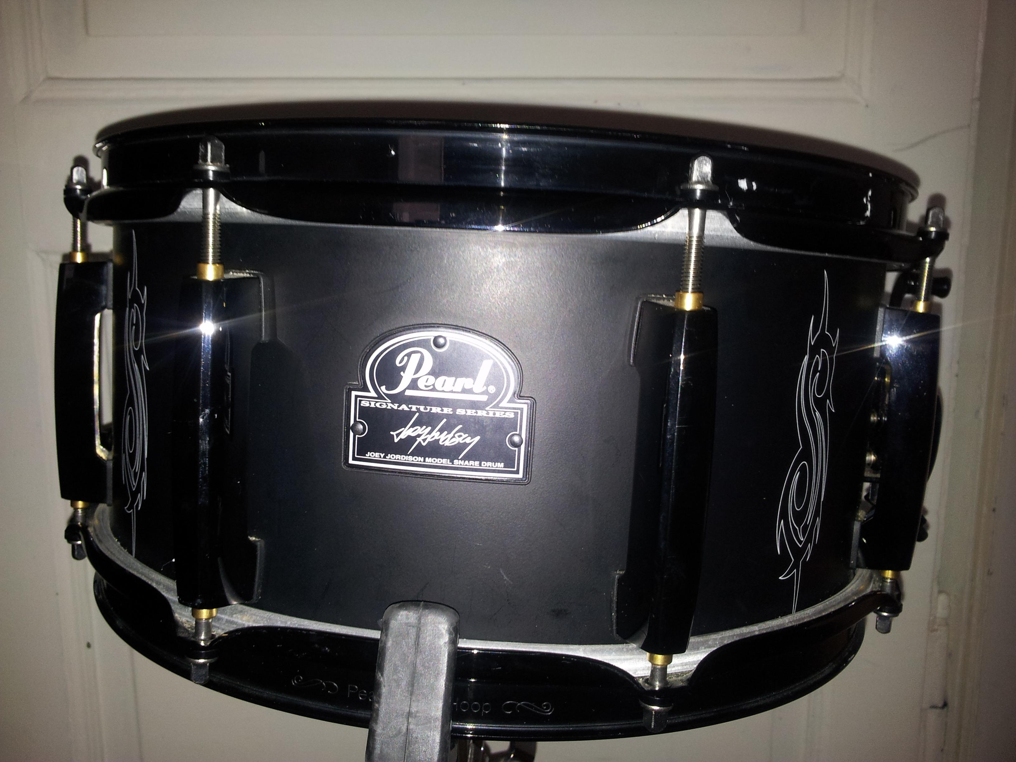 pearl jj1365 joey jordison snare signature image 1779332 audiofanzine. Black Bedroom Furniture Sets. Home Design Ideas