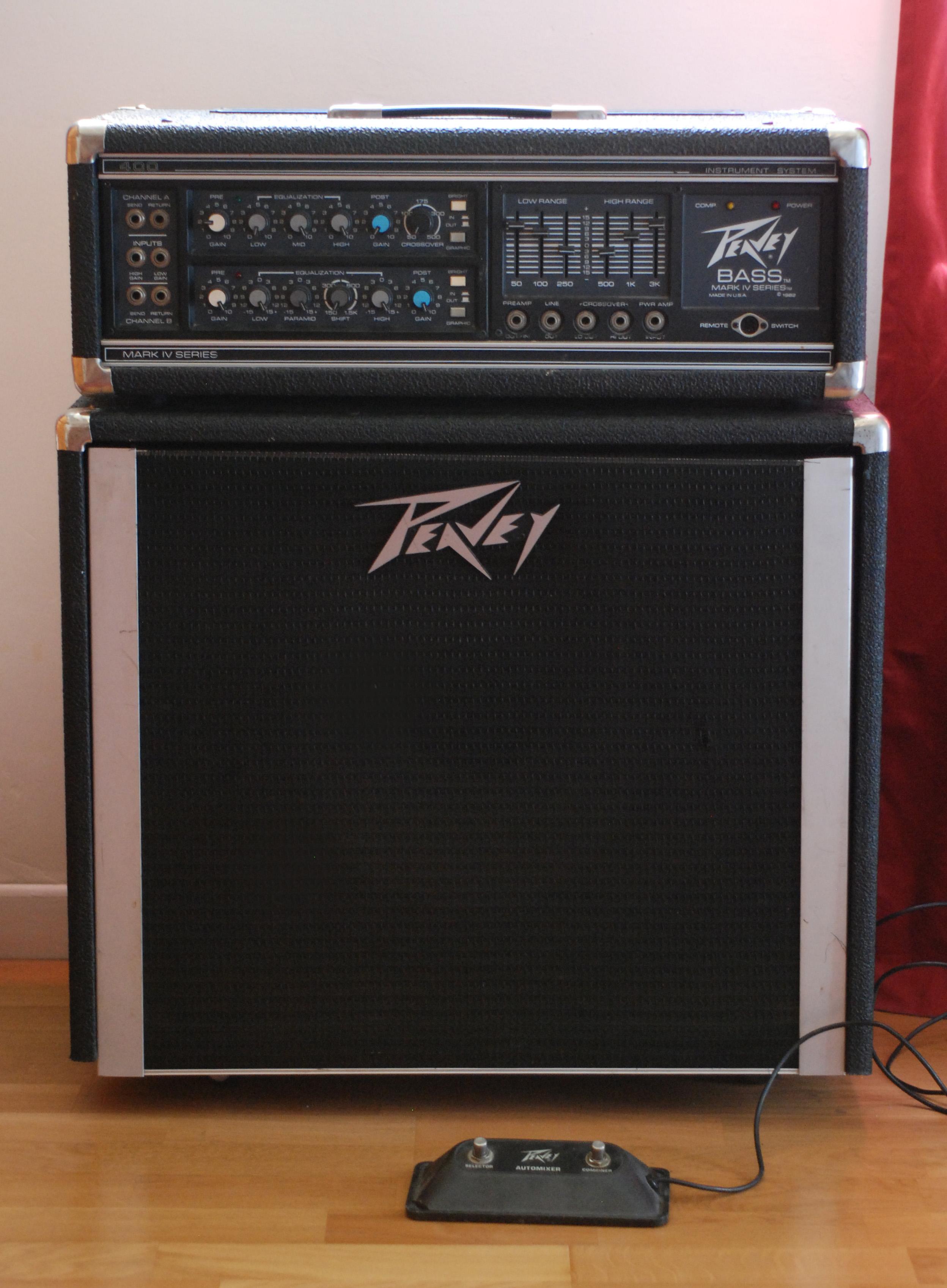 vintage-peavey-bass-amp-sexy-naked-teen-boy-cumshot