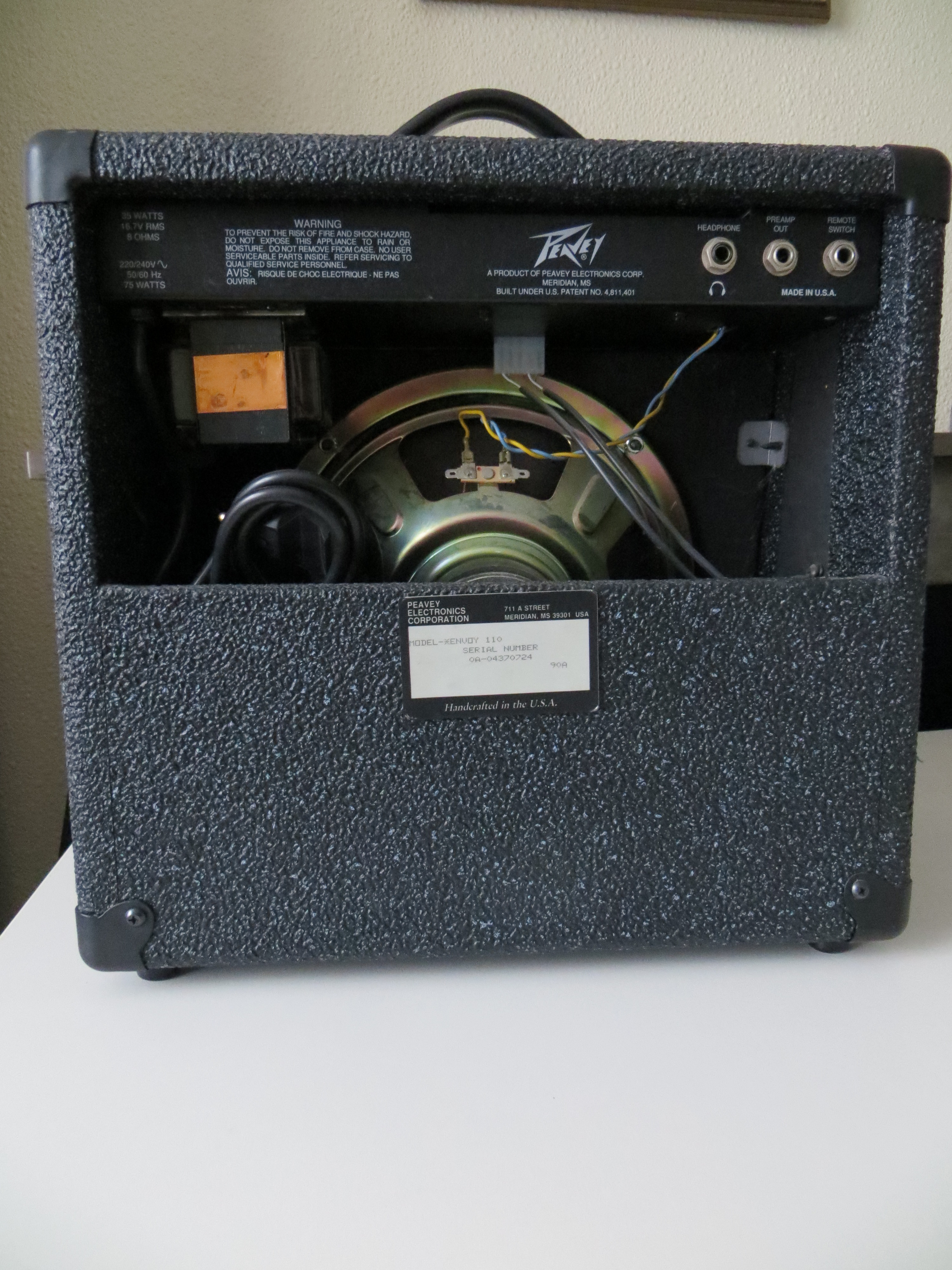 peavey envoy 110 1989 image 1052114 audiofanzine. Black Bedroom Furniture Sets. Home Design Ideas