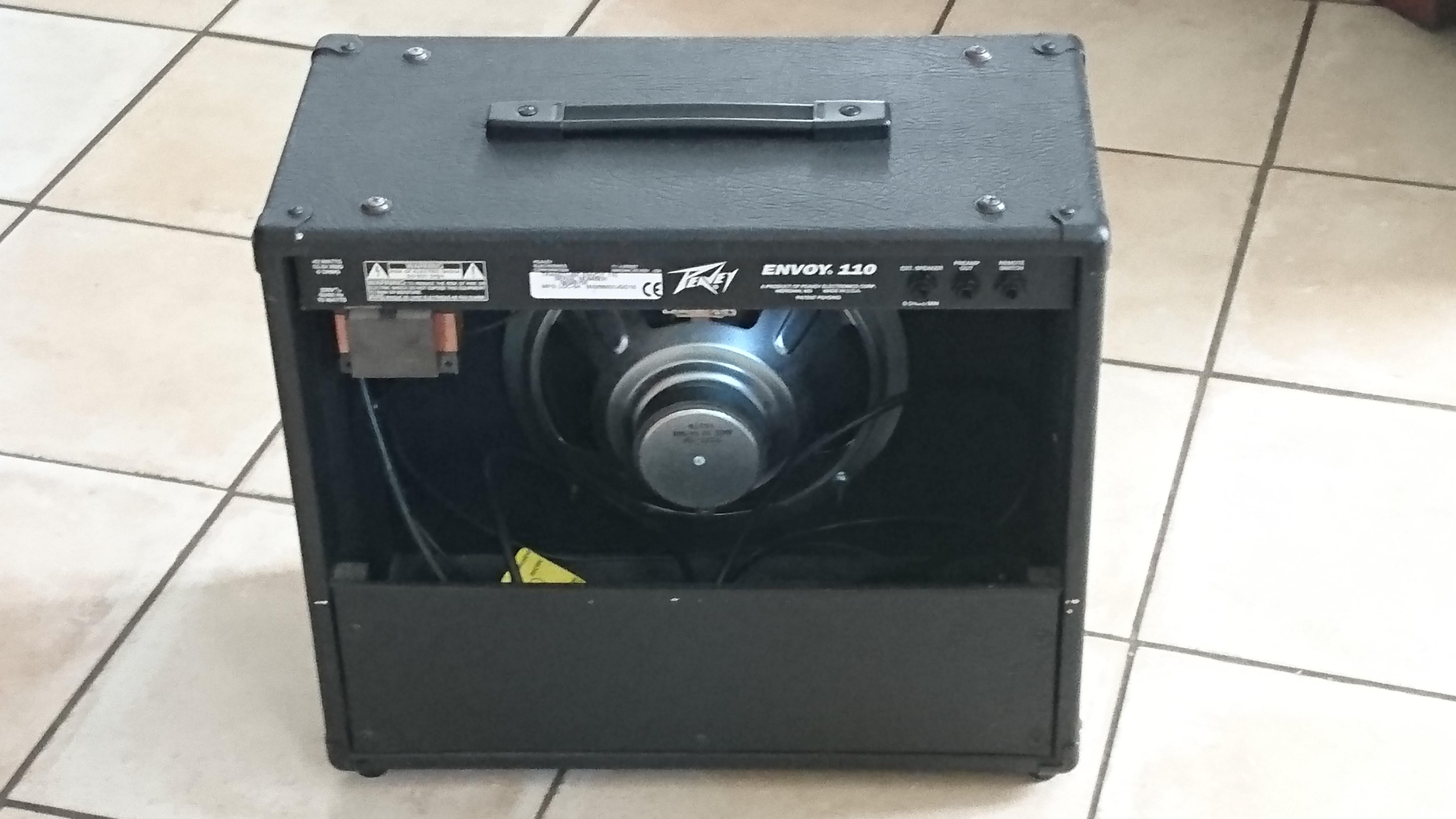 peavey envoy 110 discontinued image 1480863 audiofanzine. Black Bedroom Furniture Sets. Home Design Ideas