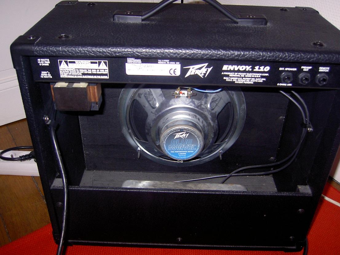 peavey envoy 110 discontinued image 50121 audiofanzine. Black Bedroom Furniture Sets. Home Design Ideas