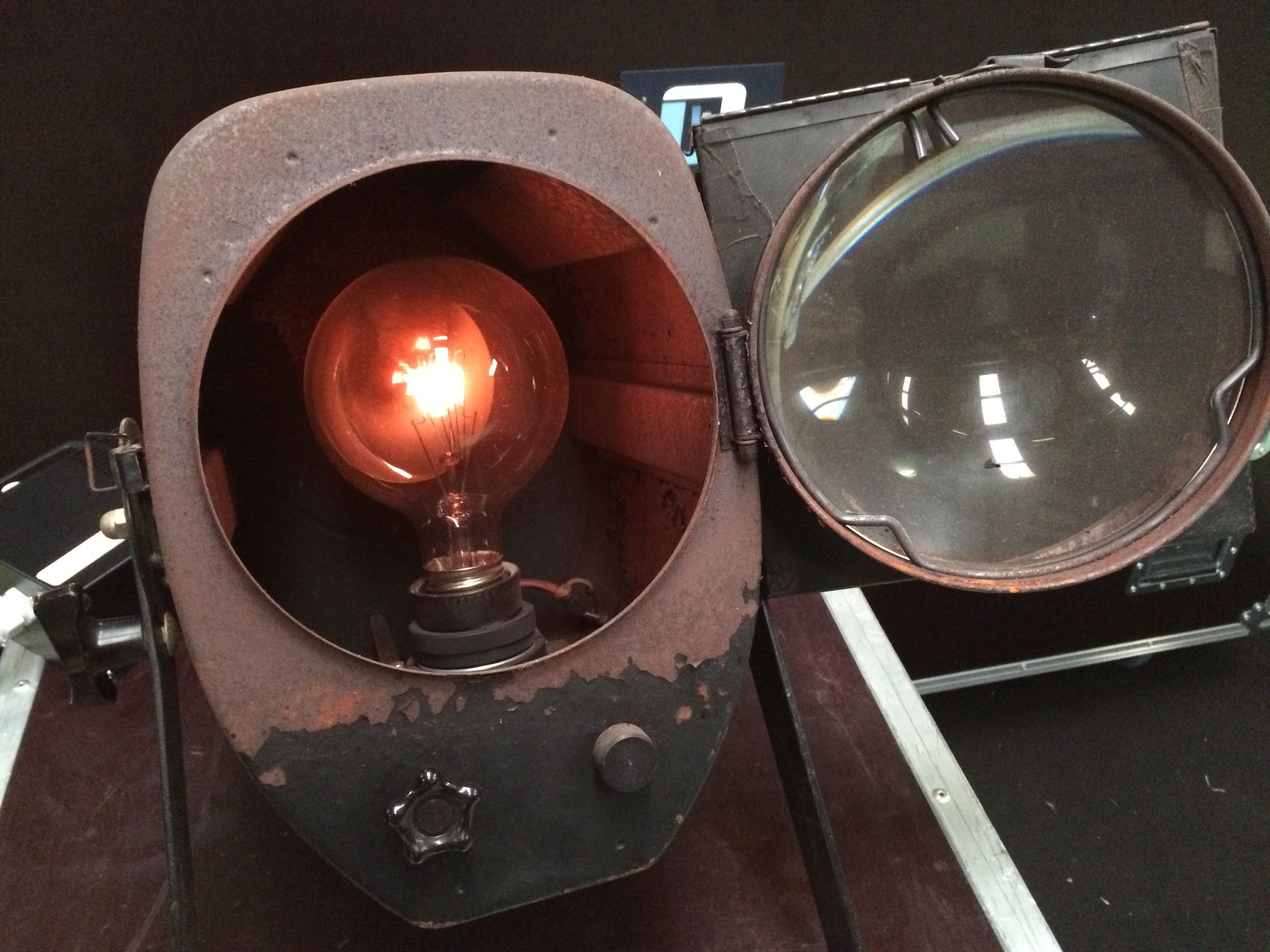 Lampe 201 Piscope Philips Lampe 233 Piscope Audiofanzine