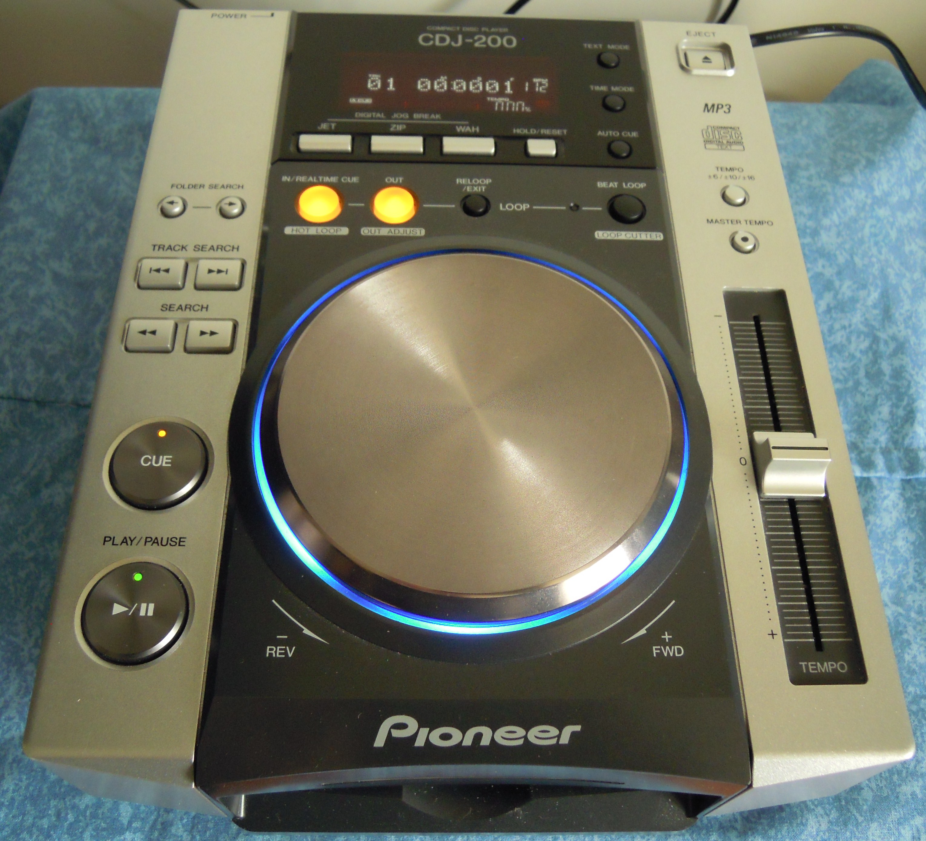 pioneer cdj 200 image 488682 audiofanzine. Black Bedroom Furniture Sets. Home Design Ideas