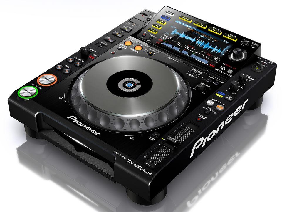 pioneer-cdj-2000-448936.jpg
