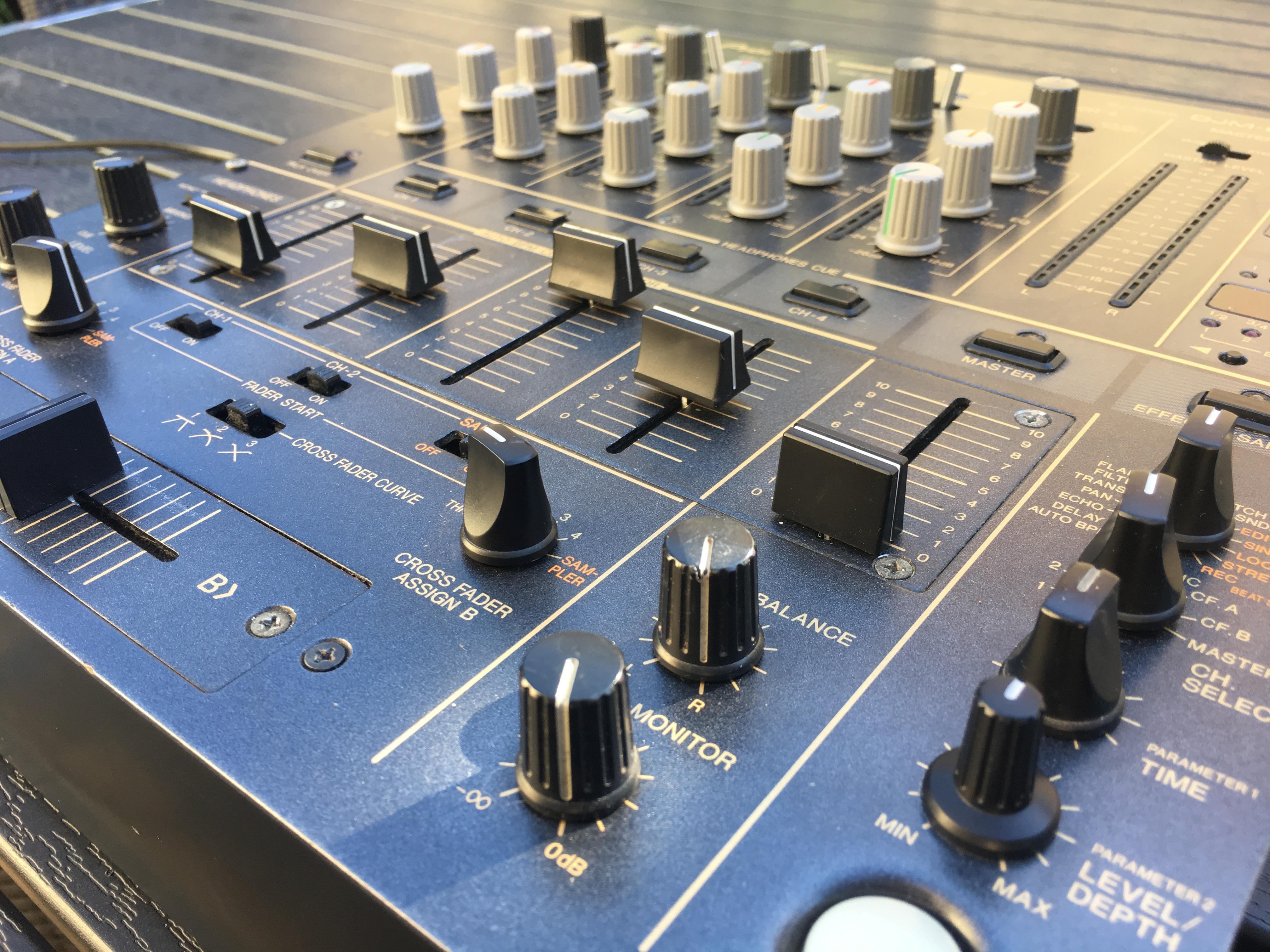 Pioneer Dmj 600 2 Vend Pioneer Djm 600 Audiofanzine