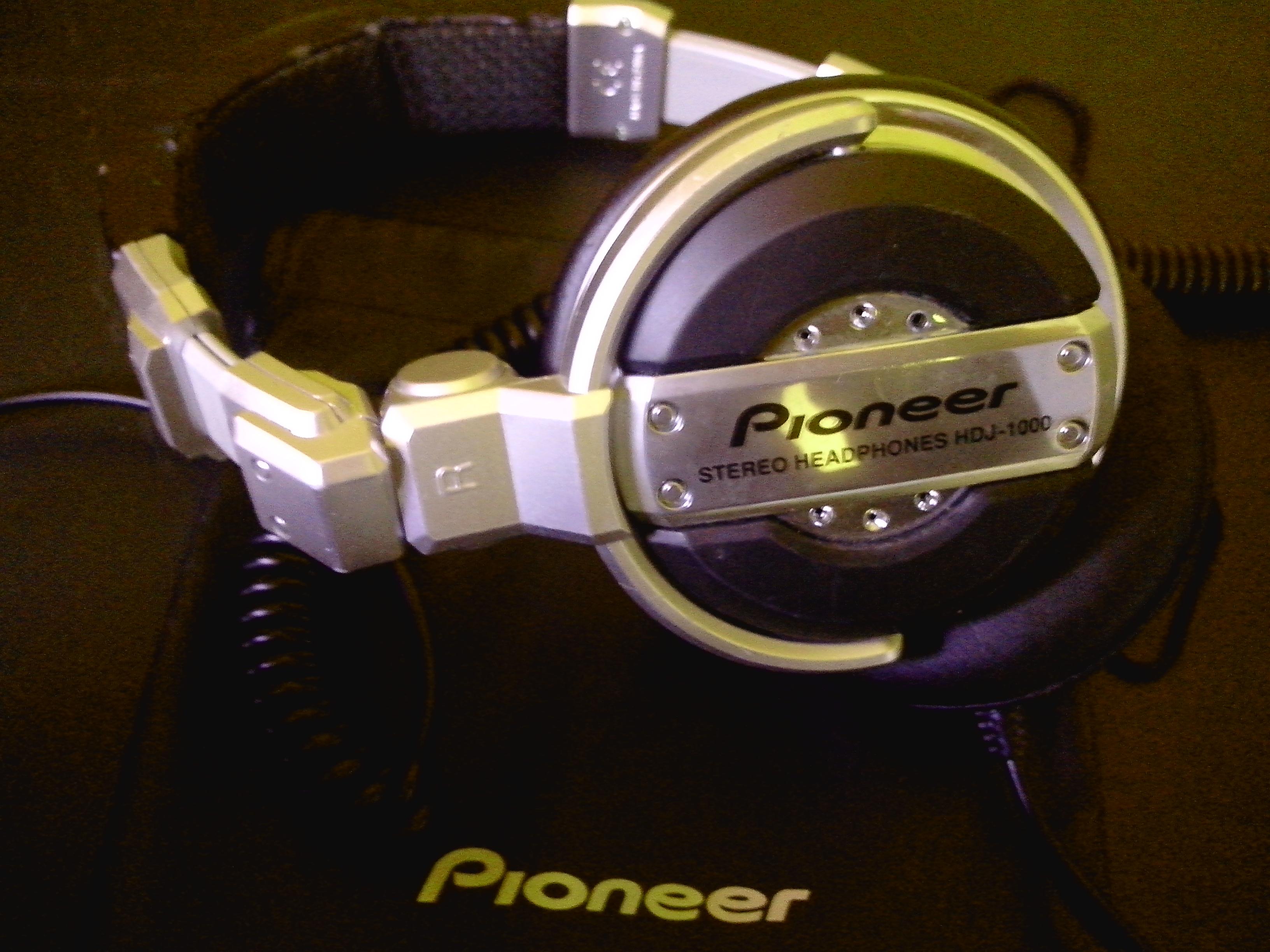 casque dj pro pioneer hdj 1000 ile de france audiofanzine. Black Bedroom Furniture Sets. Home Design Ideas