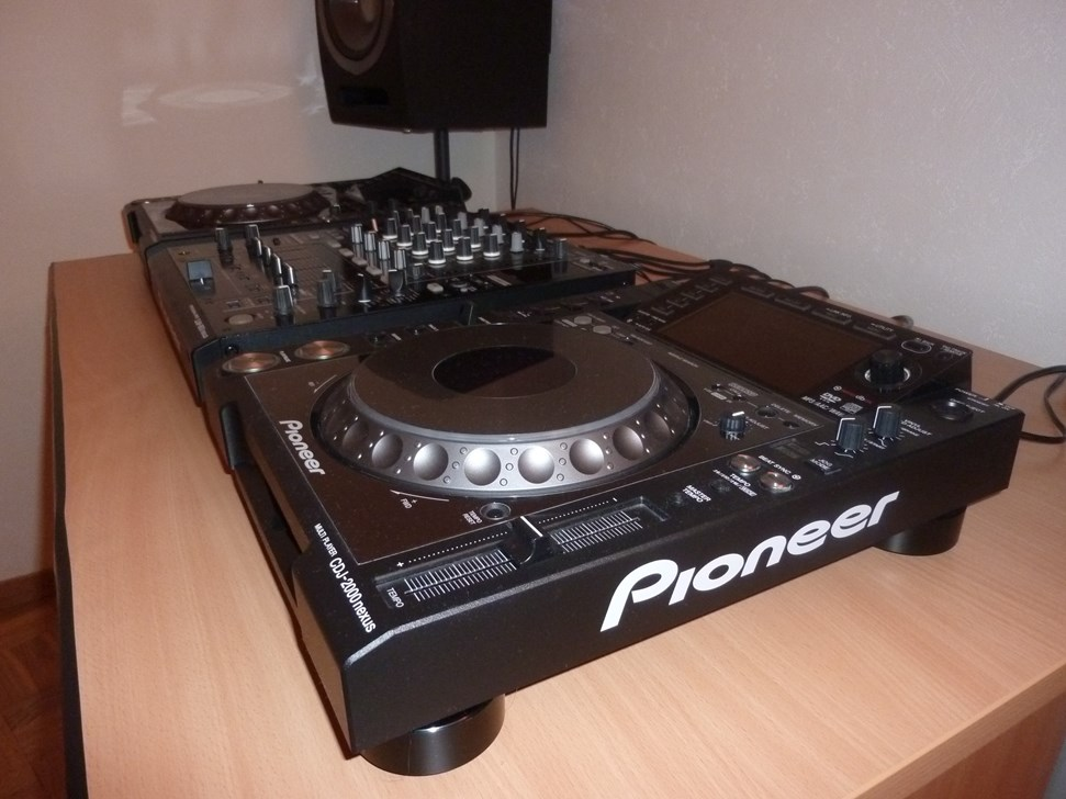 achat occasion pioneer pro dj cdj 2000 nexus djm 900. Black Bedroom Furniture Sets. Home Design Ideas