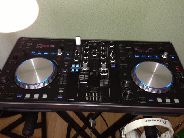 Pioneer XDJ-R1 | DJ Контроллеры | музыкальный