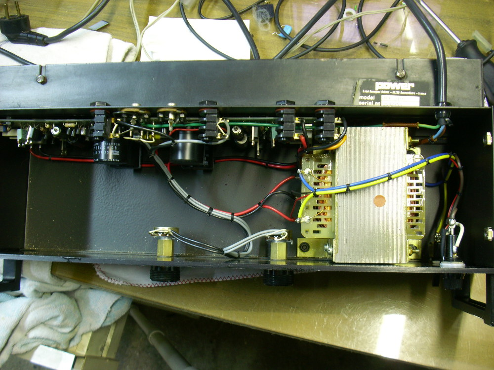 power acoustics apk 2100 image 1016538 audiofanzine. Black Bedroom Furniture Sets. Home Design Ideas